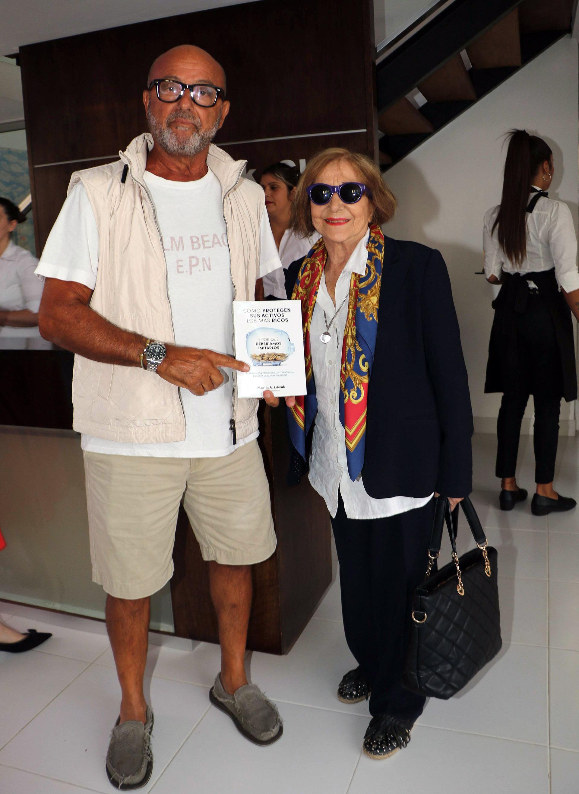 Daniel Tangona y su madre