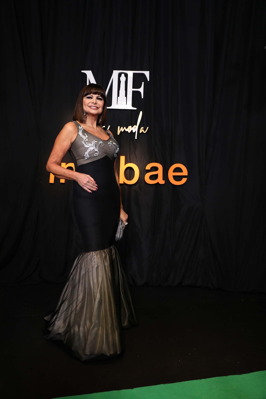 Lucía Miranda con un vestido línea sirena de Francisco Ayala