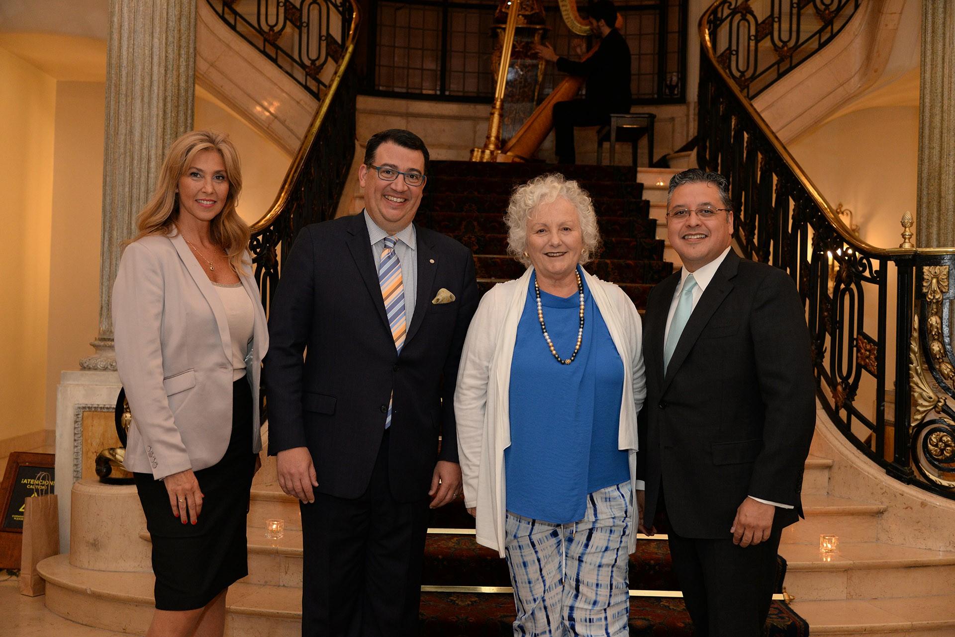 Miriam Flomembaum, encargada de catering del Four Seasons; Tulio Hochkoeppler; Susana Pesis de Werthein, presidenta Fundacion TESA, y Ariel Blufstein
