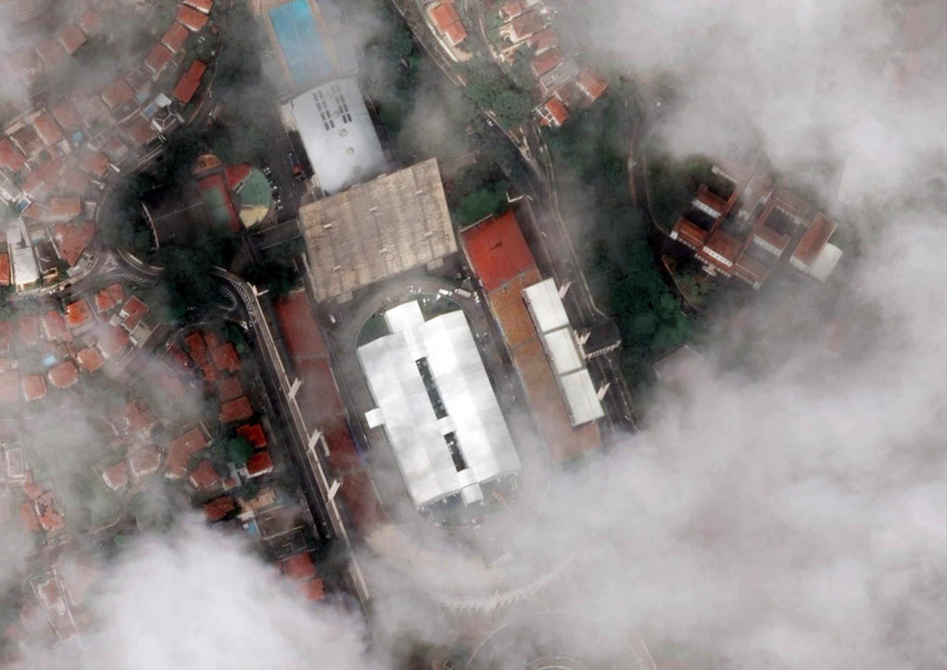 En Brasil el Estadio Pacaembu de Sao Paulo se ha convertido en un hospital al aire libre