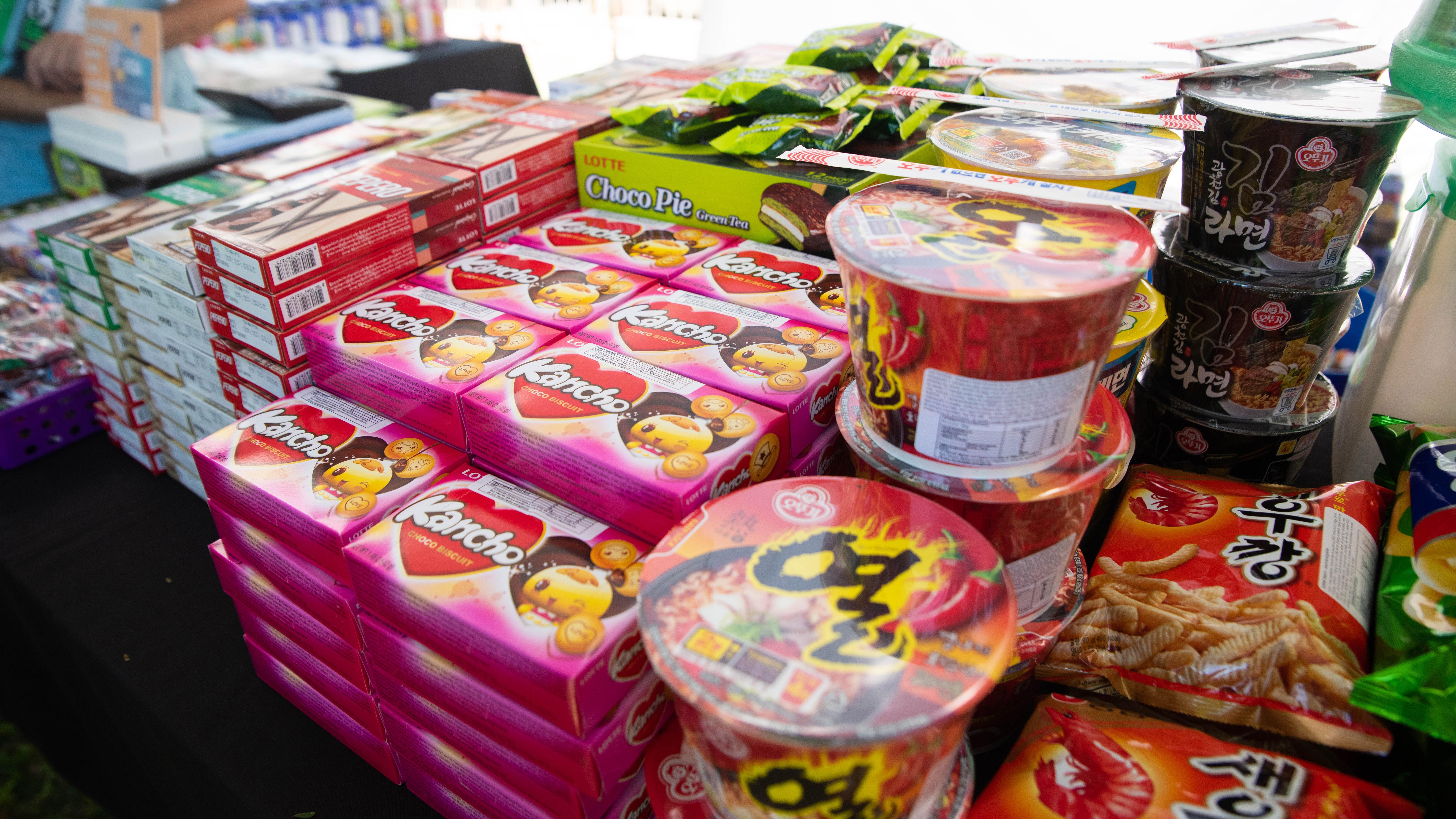 Quienes participaron de los festejos pudieron adquirir todo tipo de alimento oriental.
