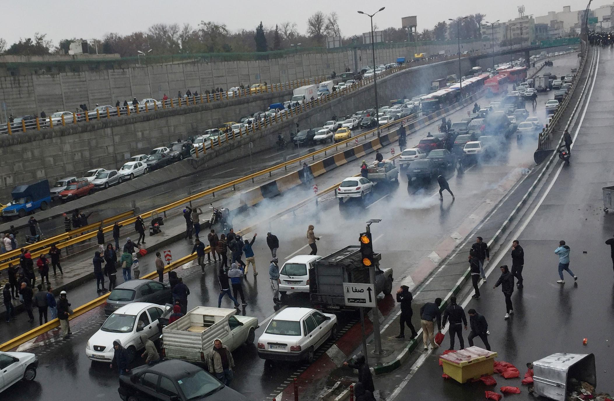 Bloqueos de ruta en Teherán