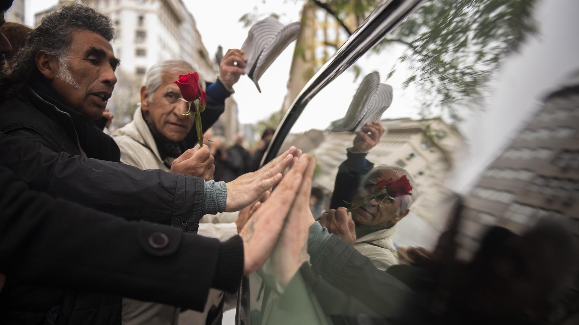 El triste adios al gran Cacho de Buenos Aires (Adrián Escandar)