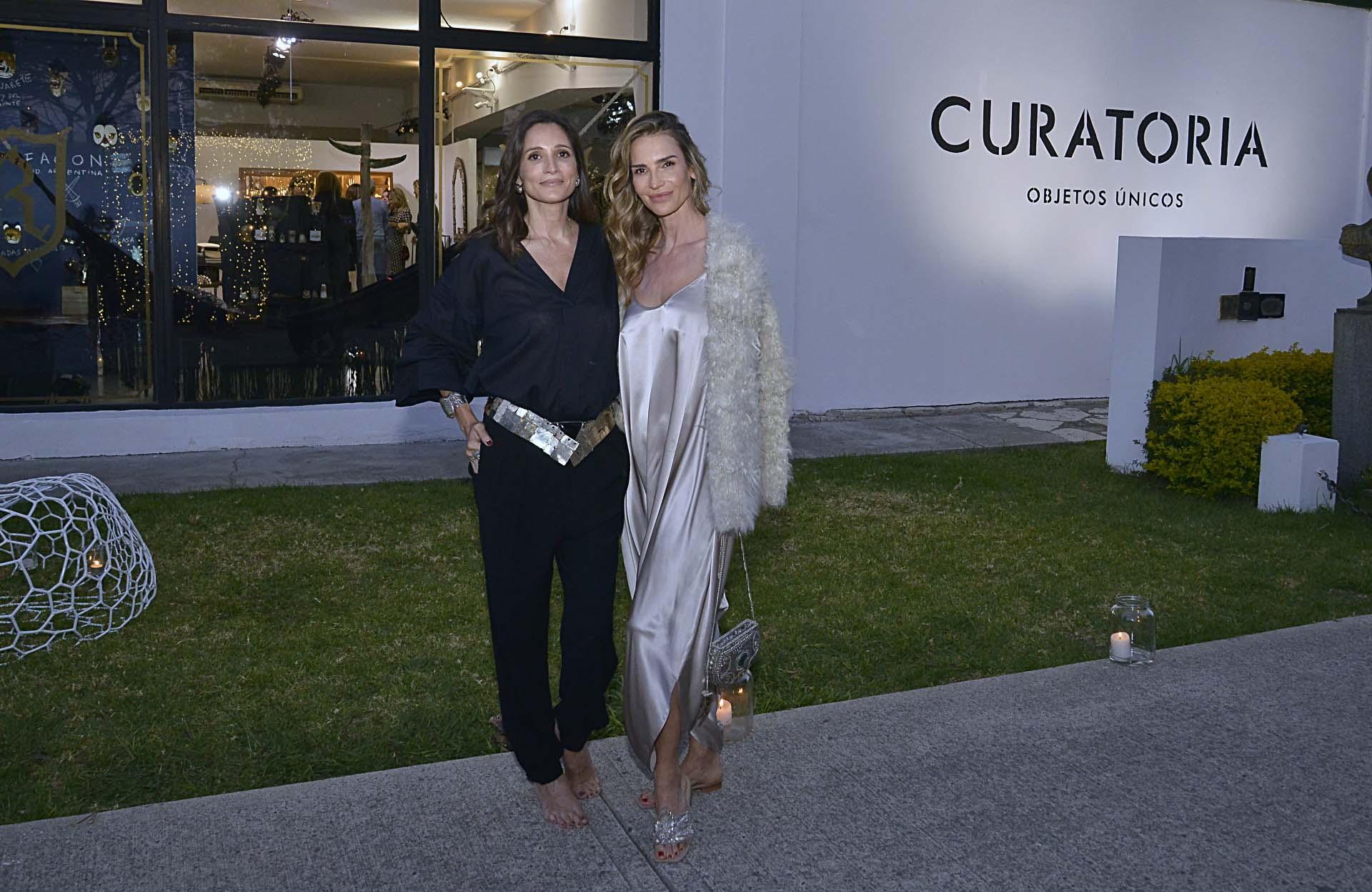 Astrid Muñoz y María Vázquez