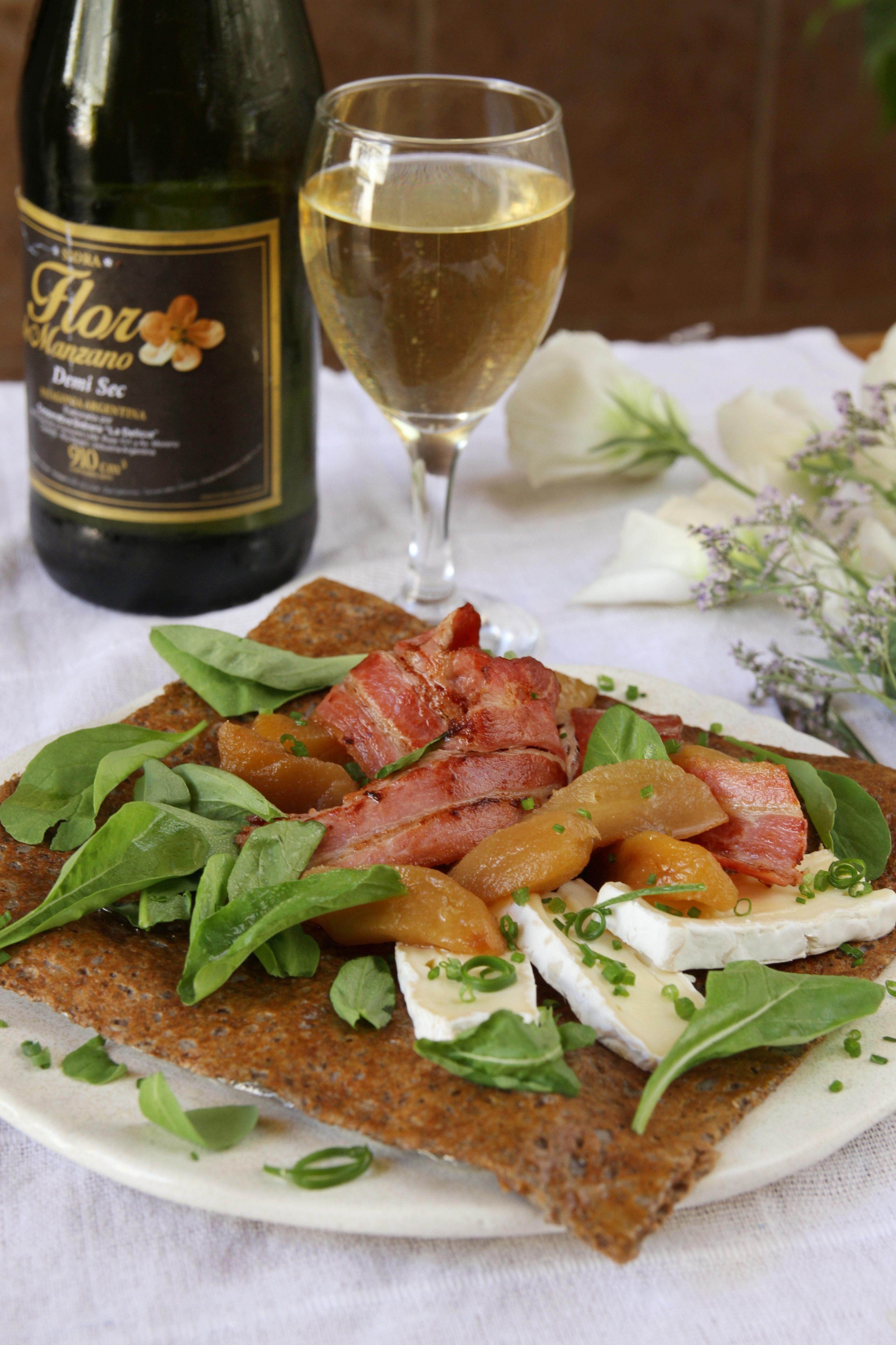 El día de la Chandeleur o de la Candelaria es una oportunidad en dónde en toda Francia se elaboran crêpes salados y dulces