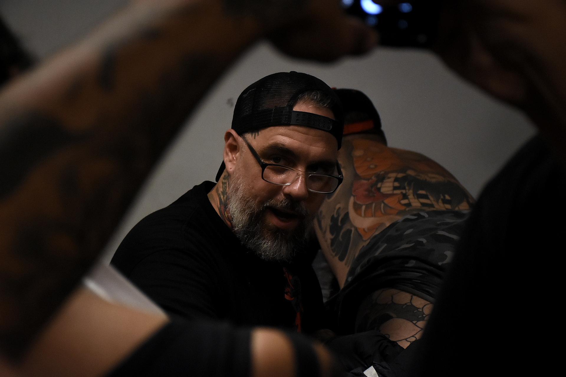 Hernán Coretta, artista argentino de los más reconocidos del mundo en el estilo Oriental, dio un seminario durante el Tattoo Show