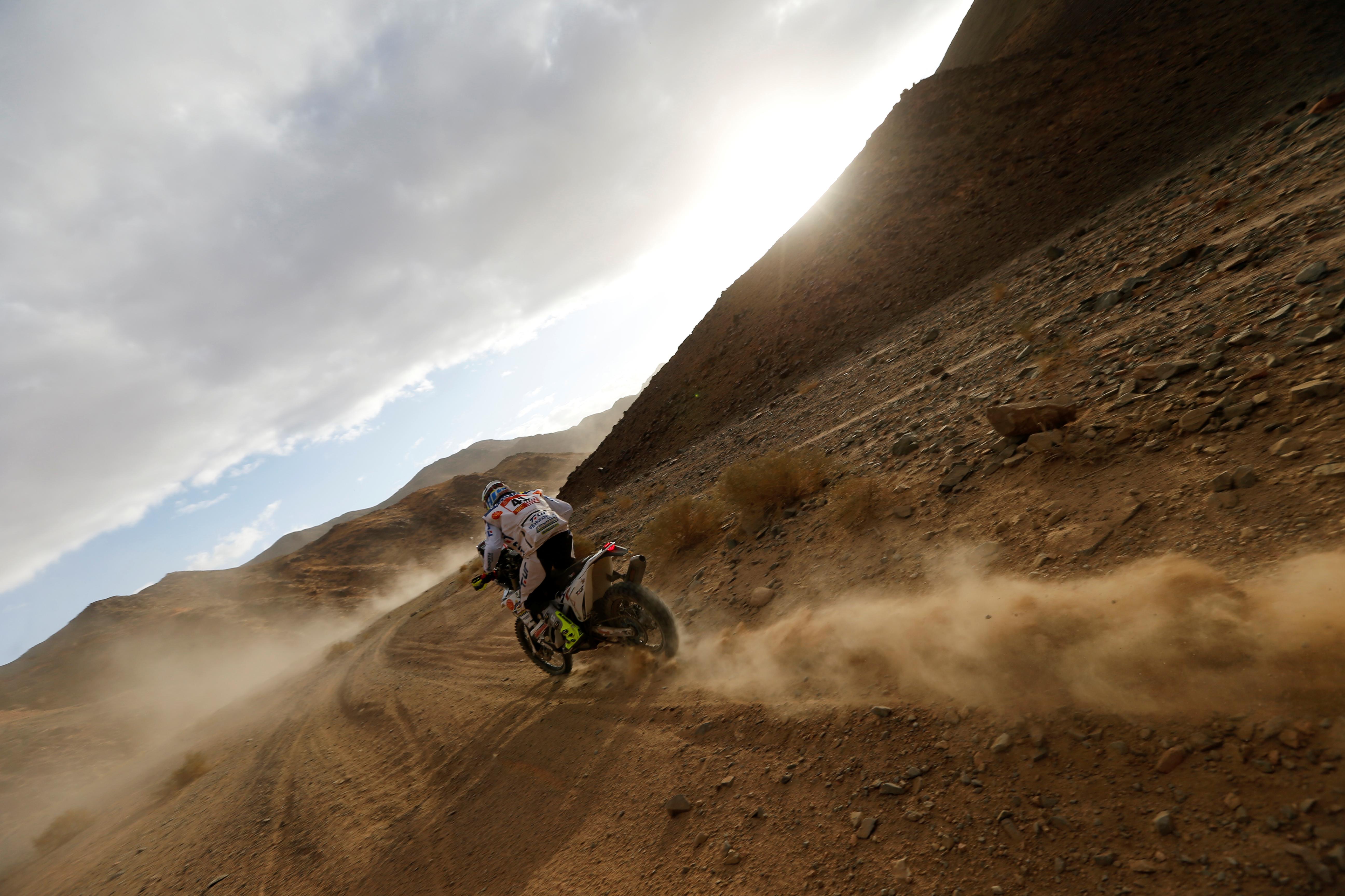 El chileno José Ignacio Cornejo (Honda) se hizo con la primera plaza en la jornada en motos