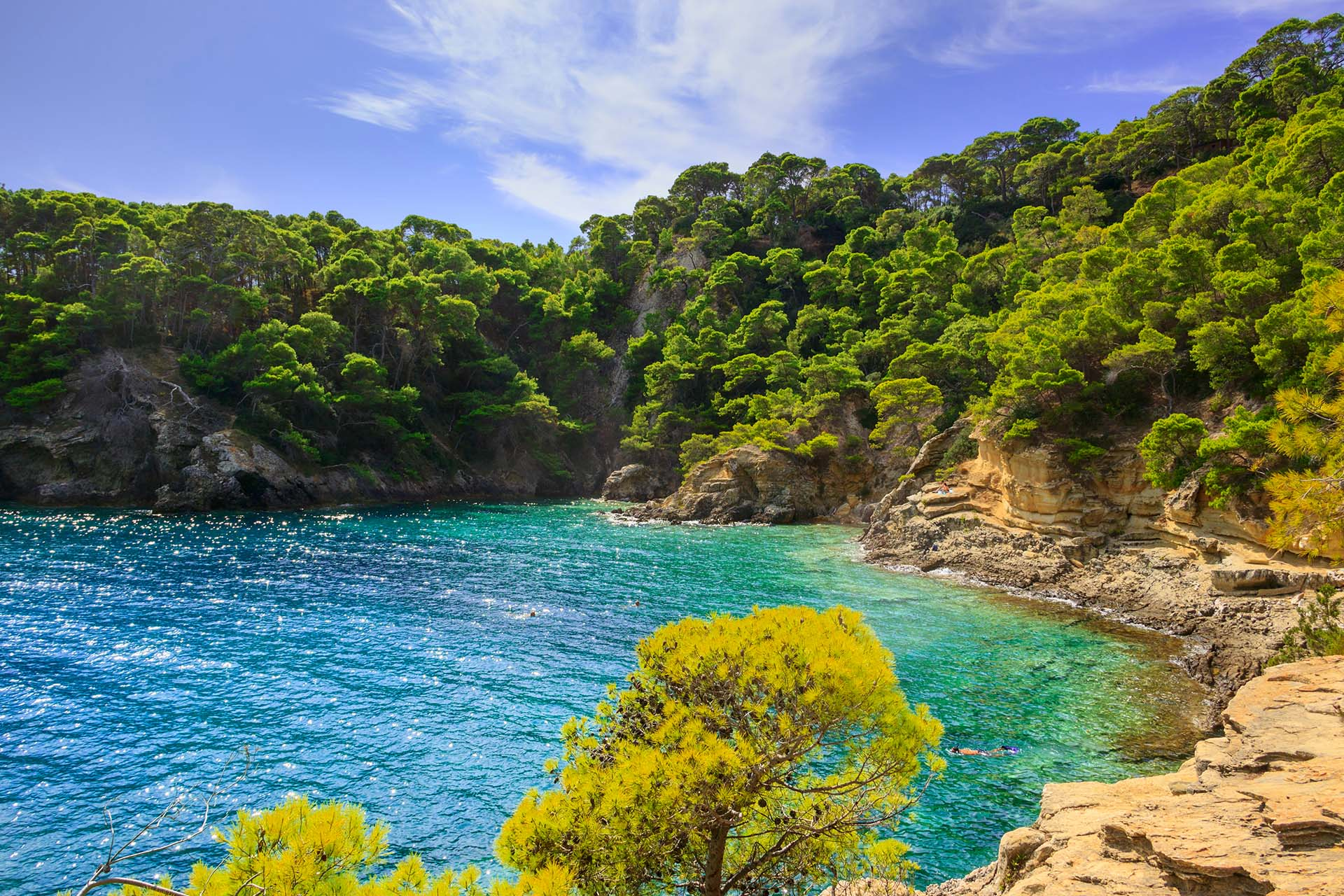 Las islas Tremiti se componen de seis pequeñas islas frente al continente y se encuentra bajo la provincia de Foggia
