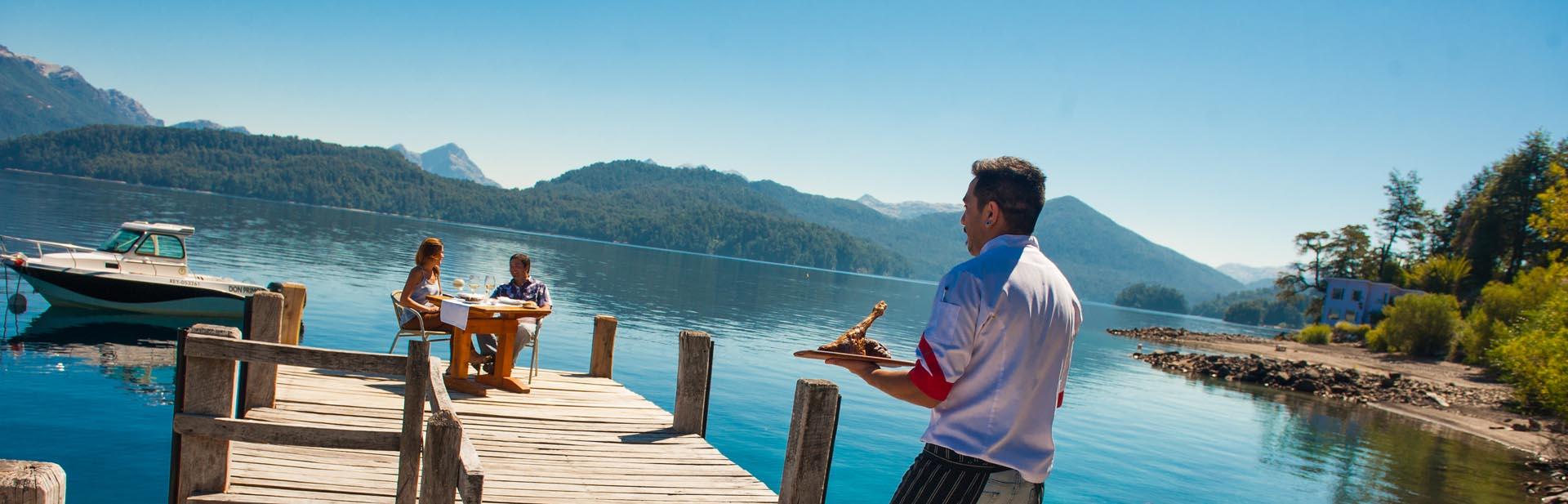 El camino de los 7 lagos ofrece experiencias gourmet únicas