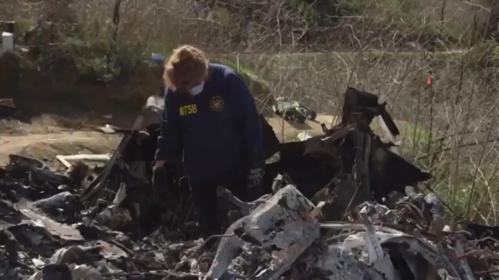 El Departamento de Medicina Forense del Condado de Los Ángeles anunció que los nueve cuerpos han sido