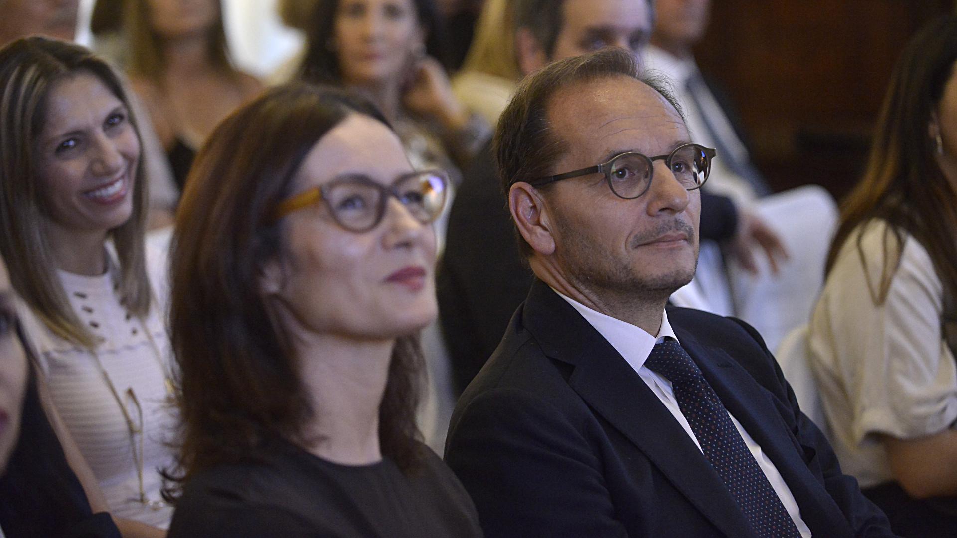 El embajador Giuseppe Manzo y su mujer Alma