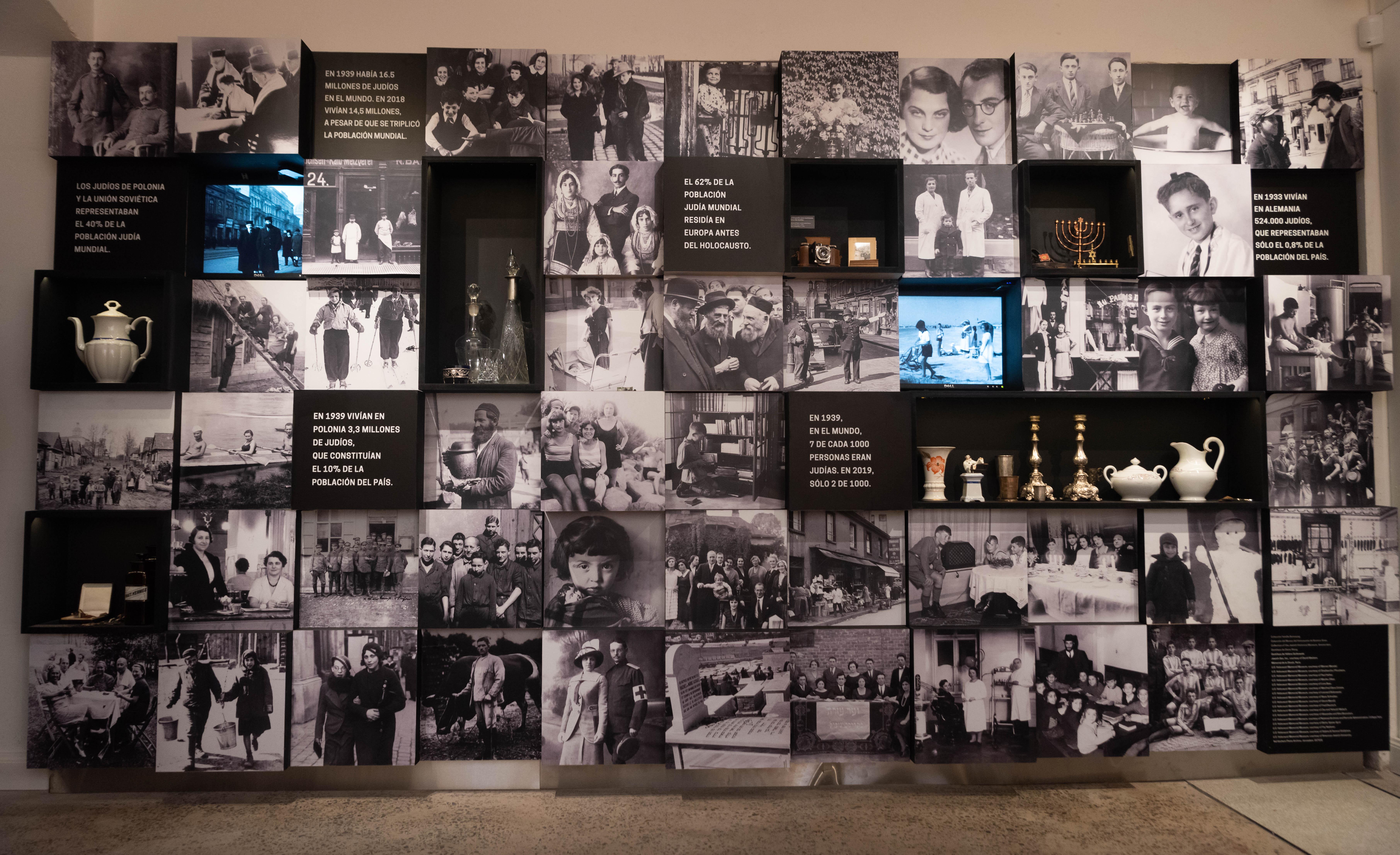 La primera imagen de la muestra transmite cómo era la vida del pueblo judío antes del Holocausto: su diversidad de factores, el grado de asimilación en la dinámica diaria y su ensamblaje en la sociedad. Un cartel retrata el antes con estadísticas: previo a la guerra, en Alemania vivían 524.000 judíos, apenas un pequeño porcentaje de la población alemana, y en Polonia, 3,3 millones, el 10% de los ciudadanos del país.