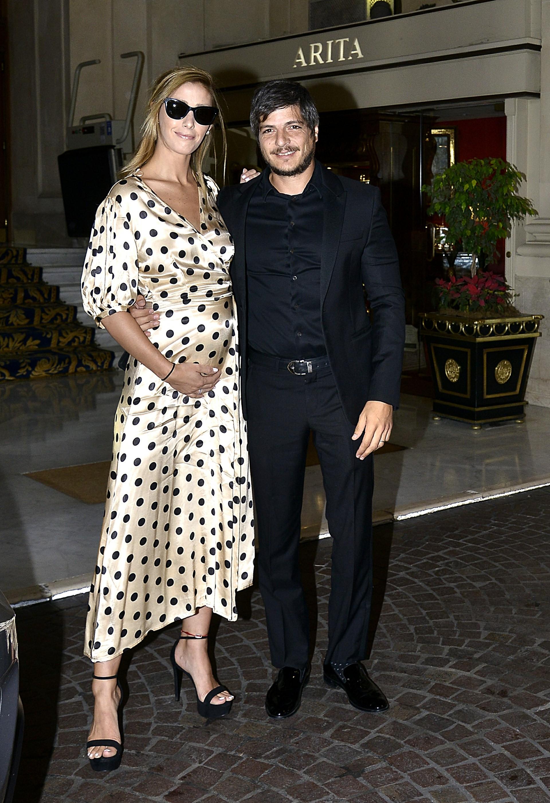 Tomás Costantini, hijo del empresario, y su mujer Micaela Dalla Libera, hija del ex futbolista Mariano Dalla Libera
