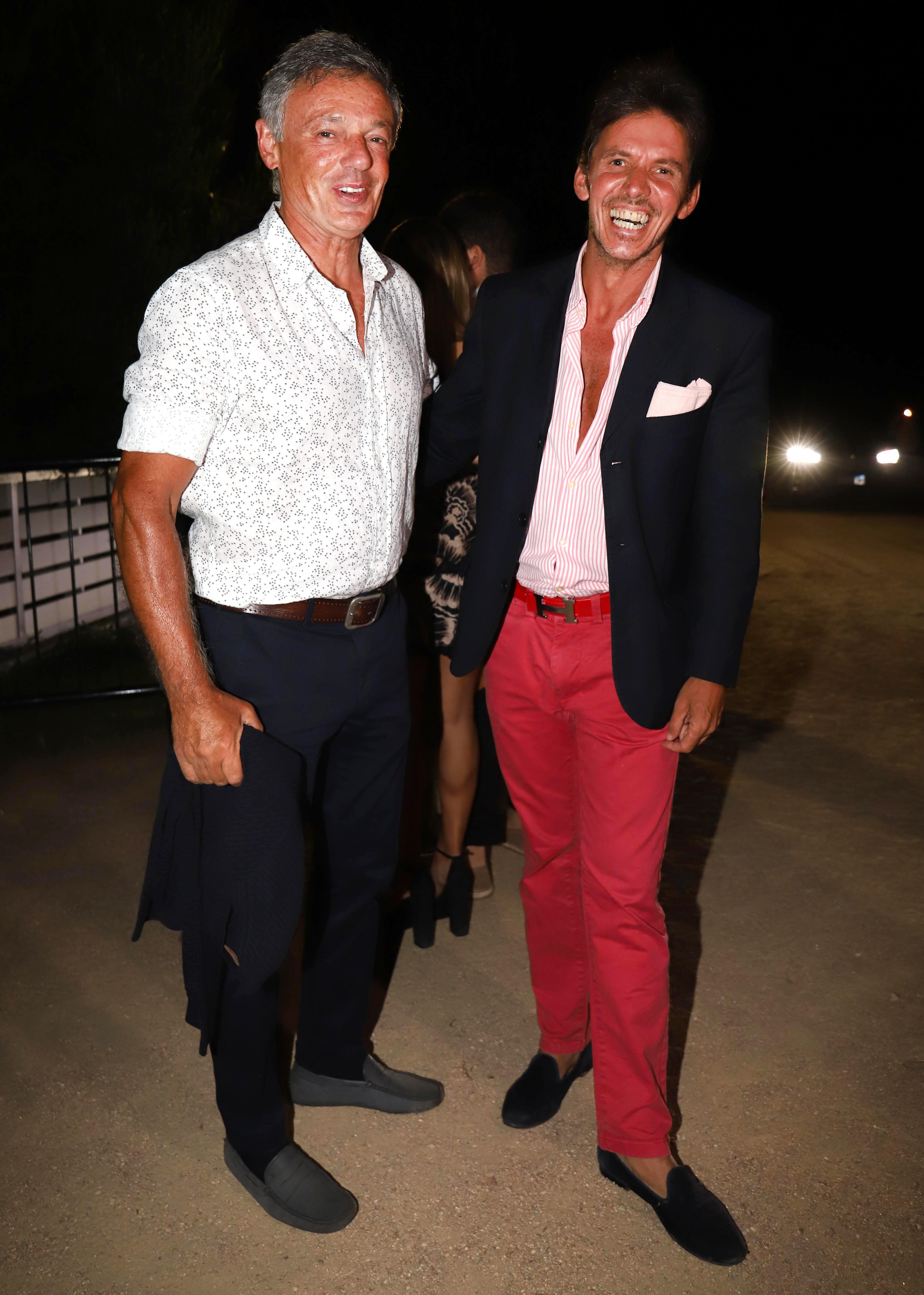 Francisco Cabrera y Gerard Confalonieri, divertidos y cancherísimos en la fiesta de Giuseppe Cipriani