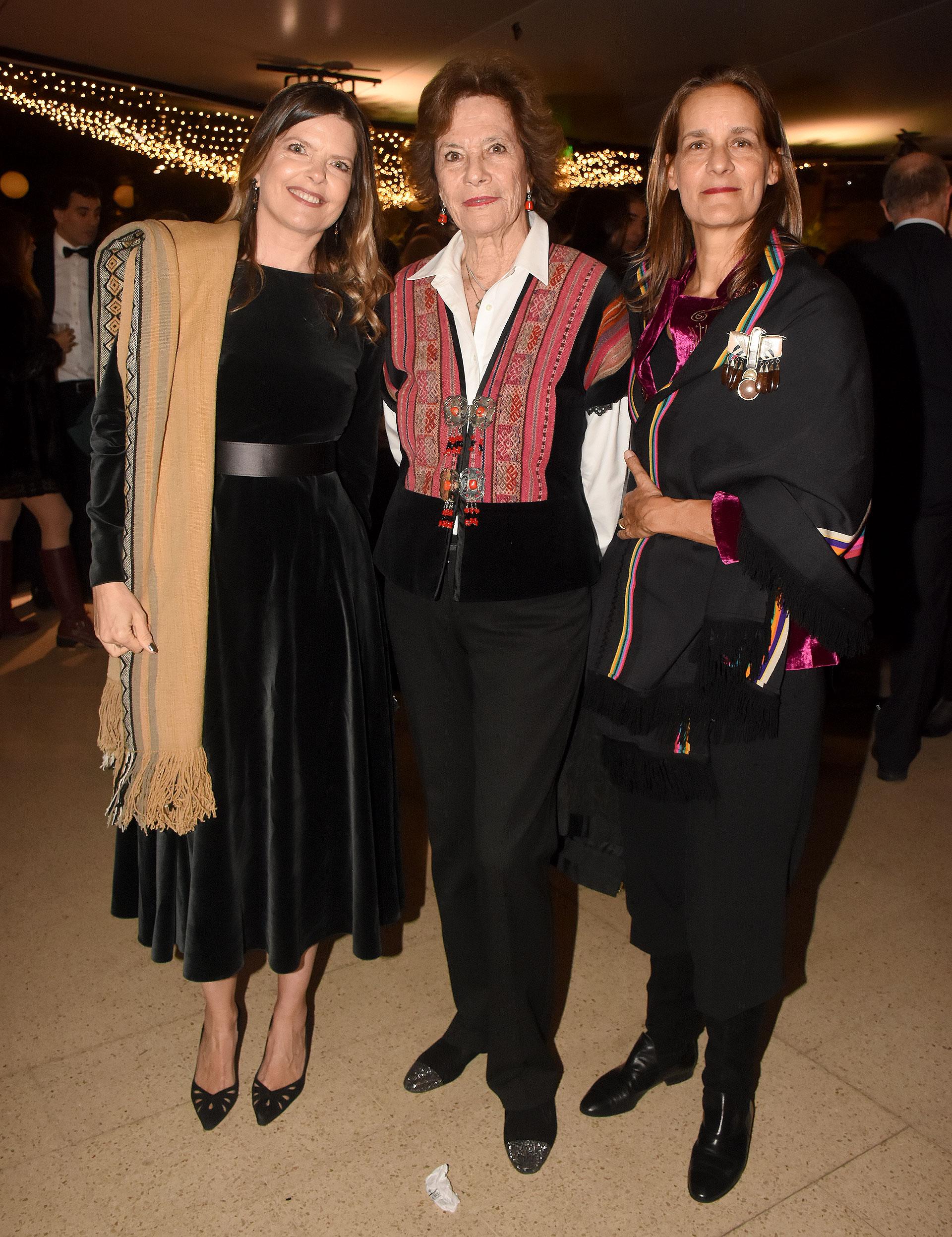 Celina Perkins, María Martha Rivero Haedo y Celina Born