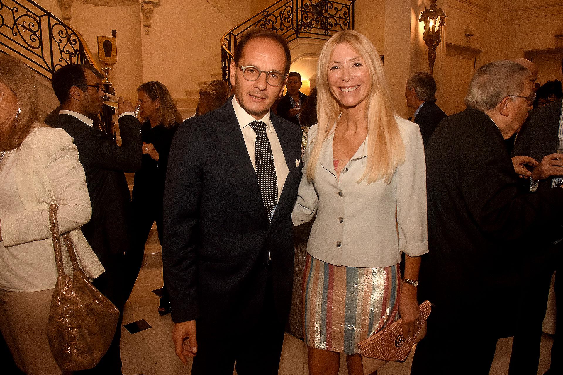 Giuseppe Manzo y Susana Schiliró Clur, directora de comunicación y marketing de LGI