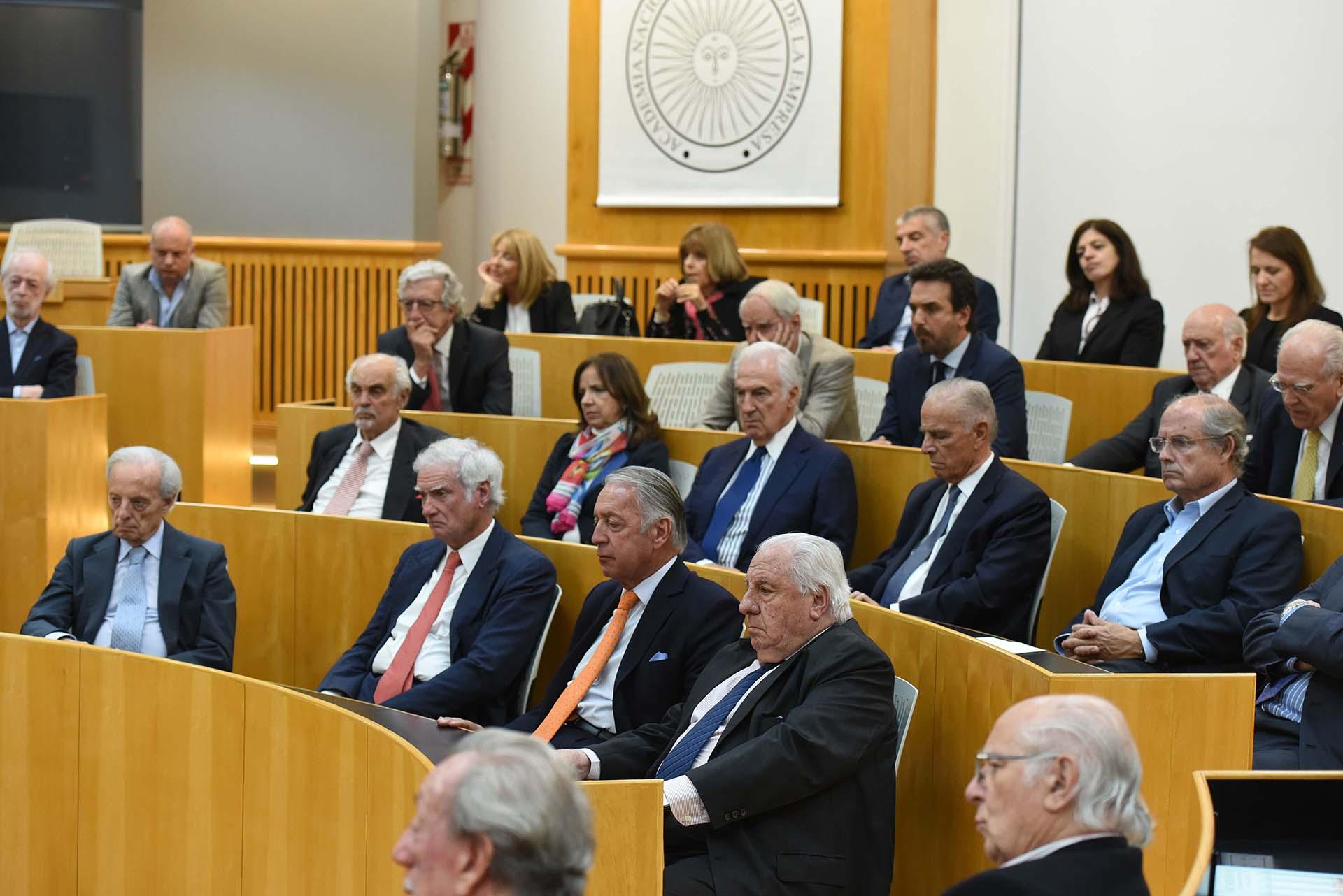 Los empresarios escucharon a Domingo Cavallo y, luego, dialogaron con el ex ministro de Economía