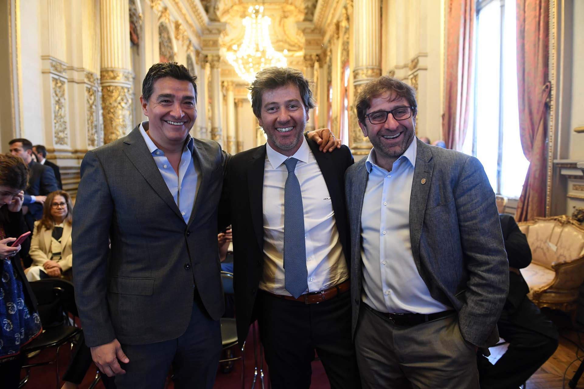El ministro de Gobierno de la Ciudad de Buenos Aires, Bruno Screnci Silva, Juan Mahiques, y Fernando Straface. secretario general del Gobierno porteño.