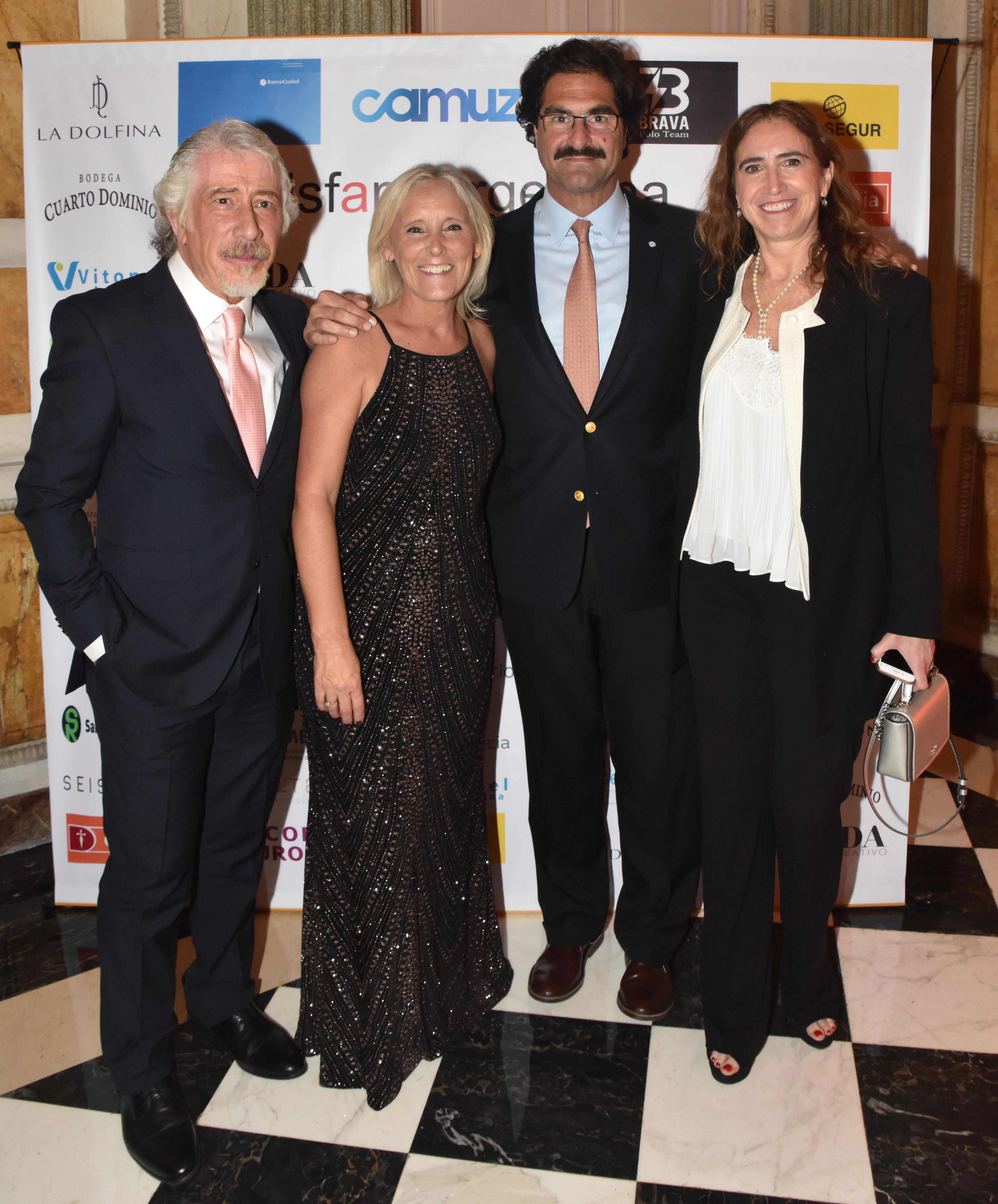 La cena anual de DISFAM contó con la presencia de Leonardo Sarquís, ministro de Agroindustria