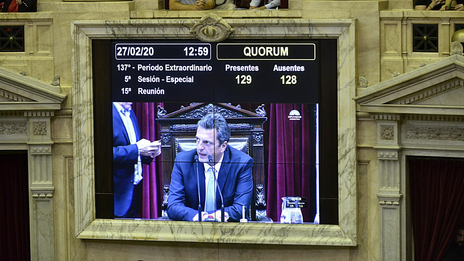 El momento en que el presidente de la Cámara de Diputados, Sergio Massa, anuncia que hay quórum