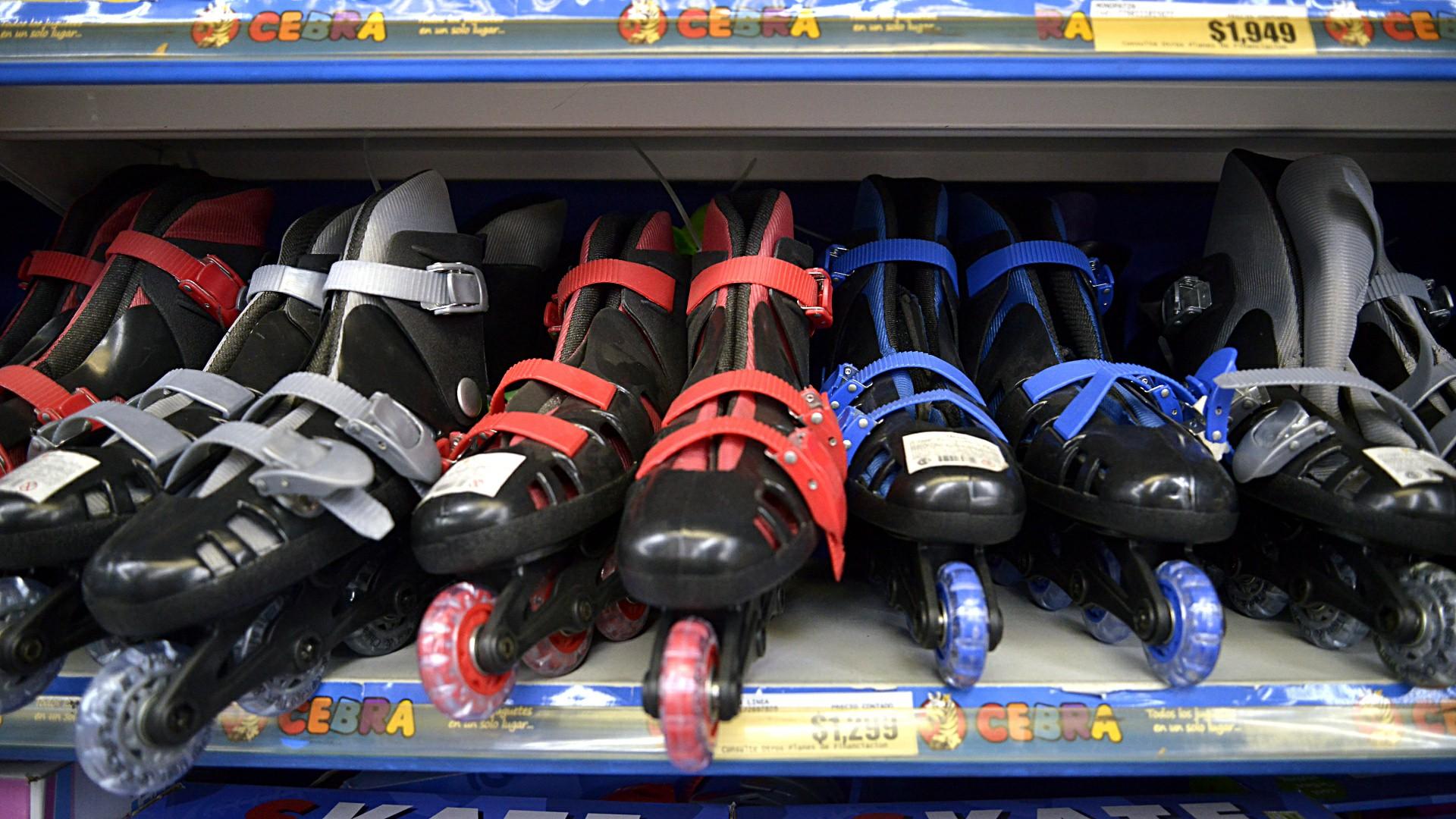 Desde el punto de vista físico, el juego ayuda a los niños con la coordinación y habilidades motoras