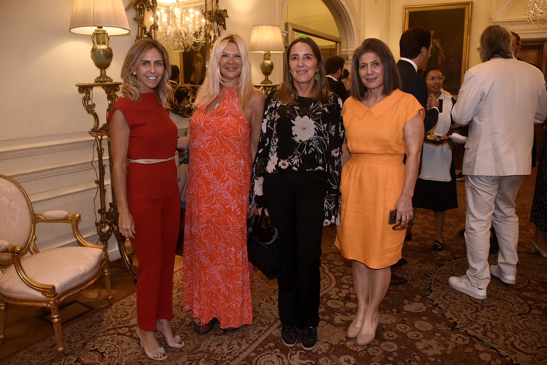 Mariana Bagó, Karin Sulichin, Verónica Zoani de Nutting y Martine Kent