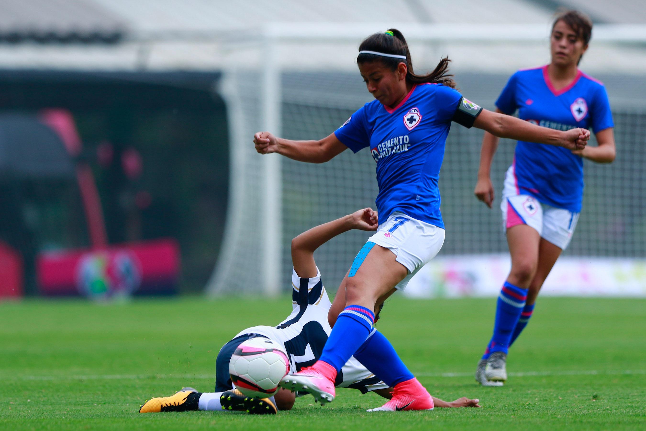 Ciudad de México,26 de agosto 2017, el equipo de Pumas derrotó 3-1 al conjunto de Cruz Azul en la Jornada 5 de la Liga MX Femenil (Foto: Cuartoscuro)