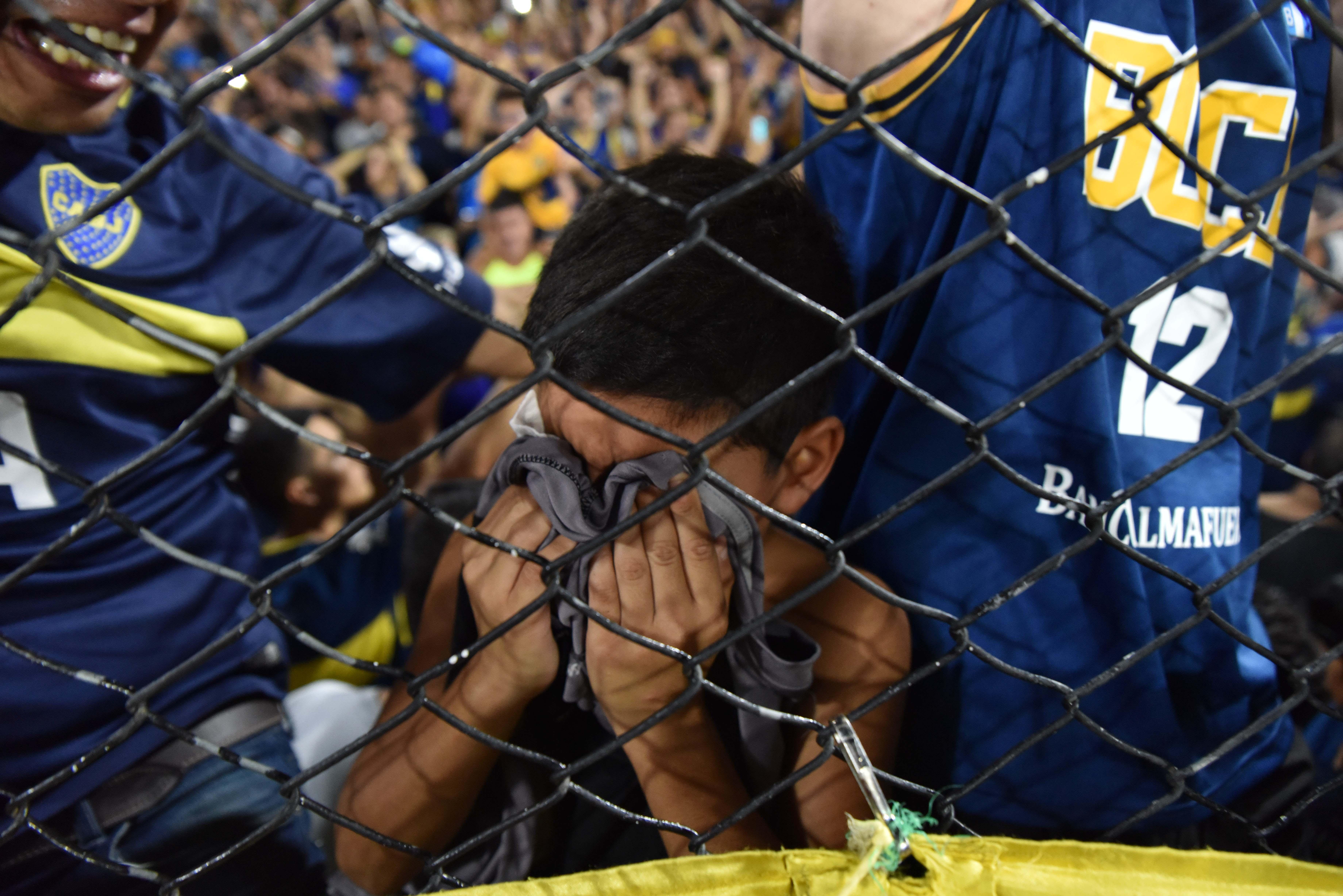 La emoción de los hinchas (Foto: Franco Fafasuli)