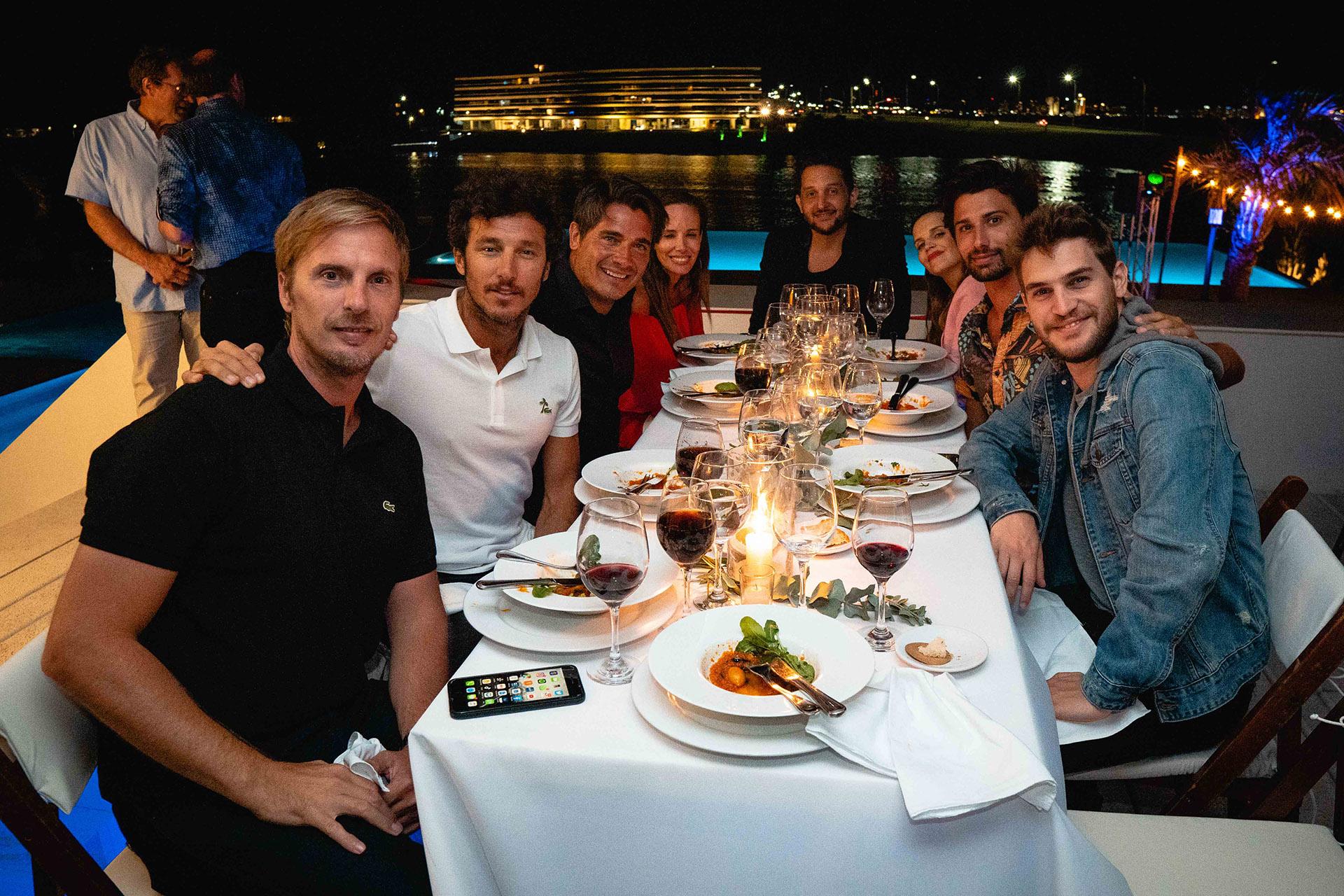 Los famosos en una divertida cena esteña /// Fotos: Gentileza McDonald's