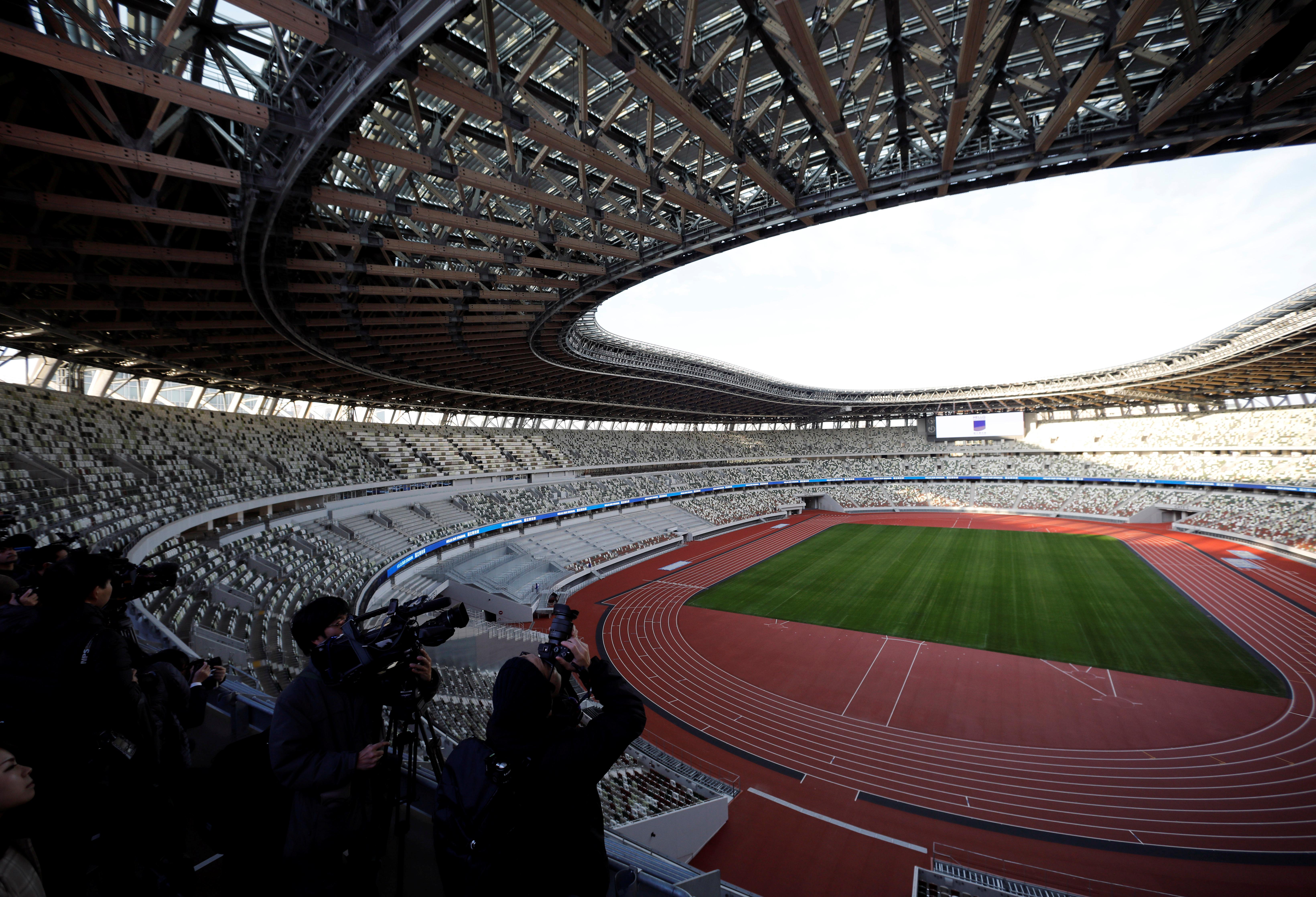 El ya retirado rey de la velocidad Usain Bolt será uno de los primeros en tener el honor de pisar la pista en el estadio olímpico el 21 de diciembre, en una exhibición de relevos que será la primera prueba deportiva organizada en el recinto