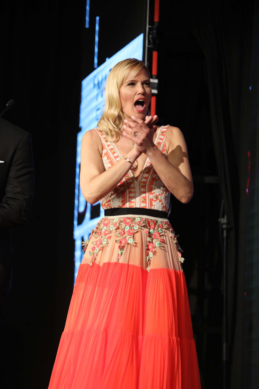 Valeria casi gritó el premio como un gol. Ella misma después se rió de su reacción: