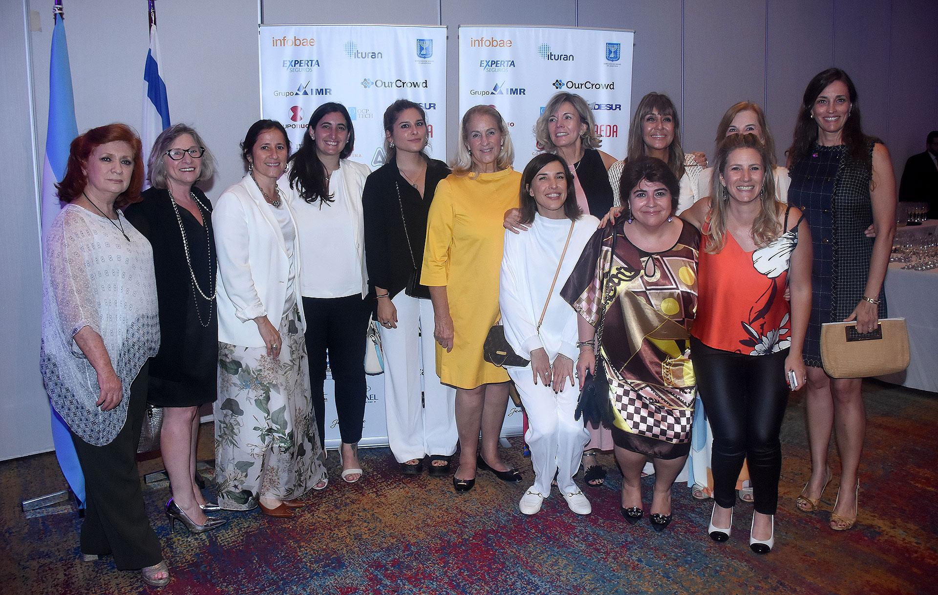 Las mujeres integrantes de la iniciativa