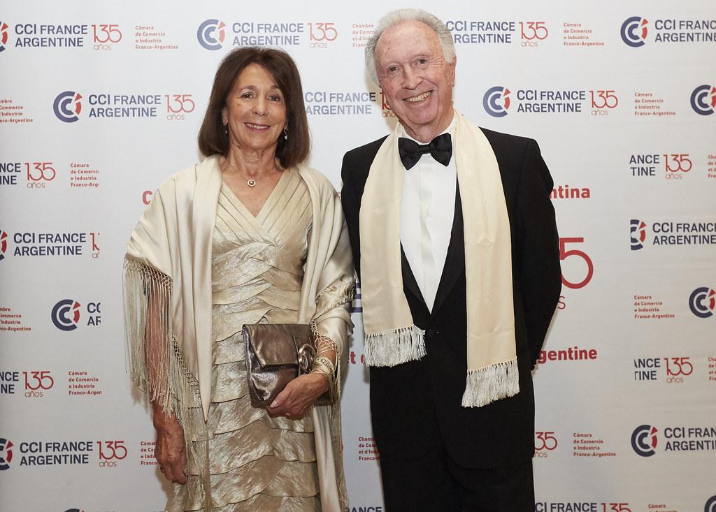 Jorge Di Fiori, presidente de la Cámara Argentina de Comercio y Servicios, acompañado por su esposa María Luisa Boffi de Di Fiori