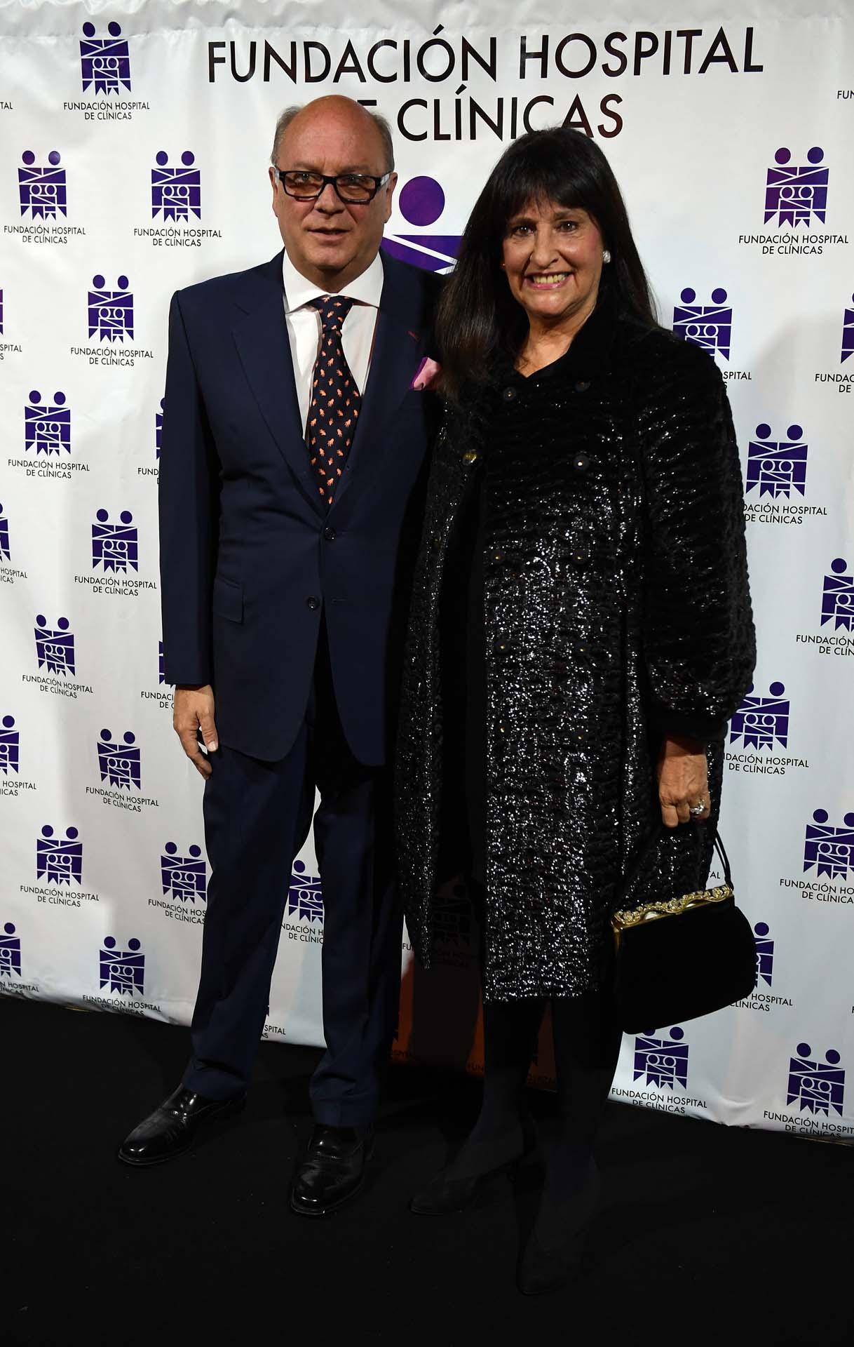El empresario Martín Cabrales, vocal de la Fundación, y María Podestá, secretaria de la Fundación
