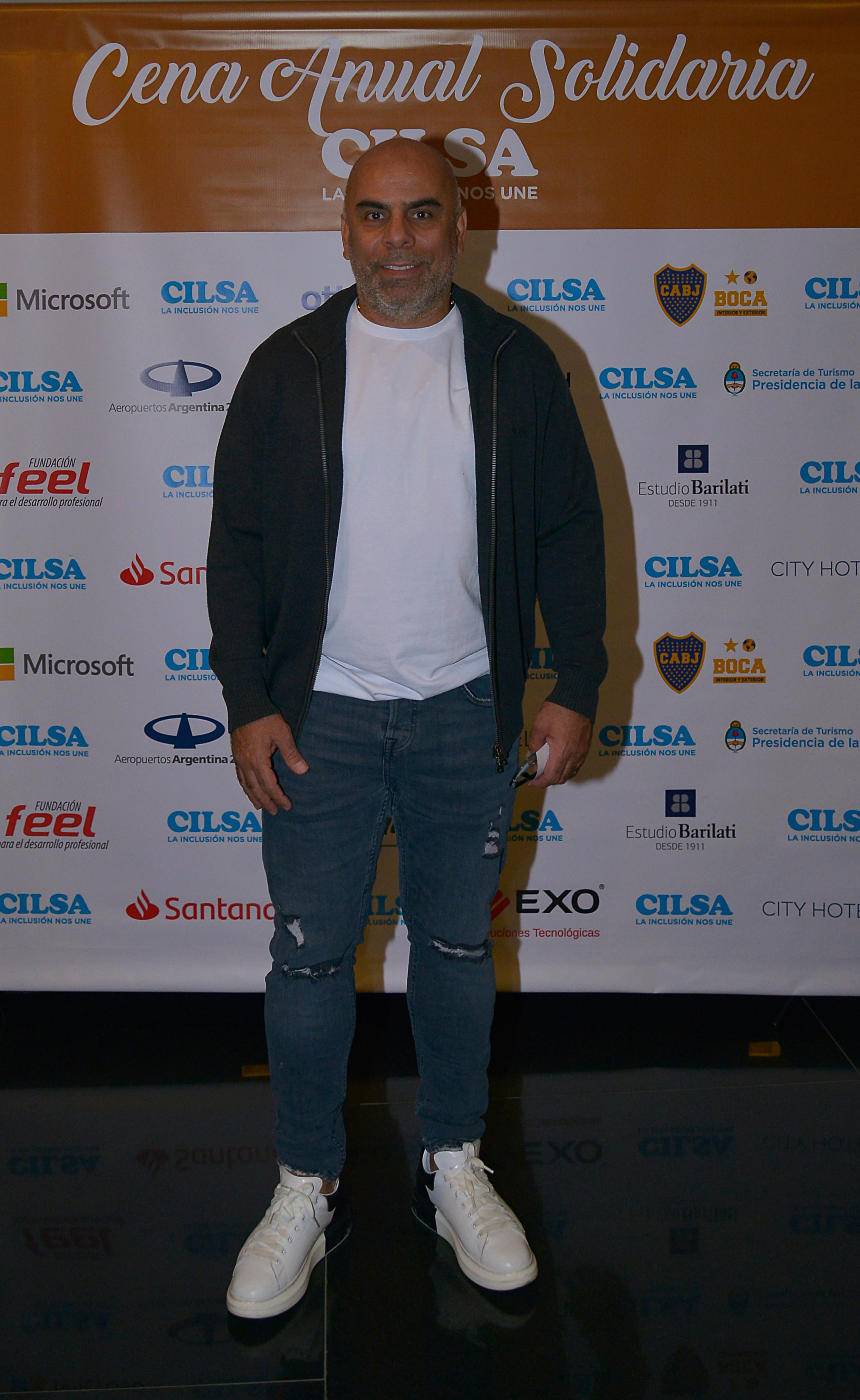 El ex jugador de fútbol, Mauricio