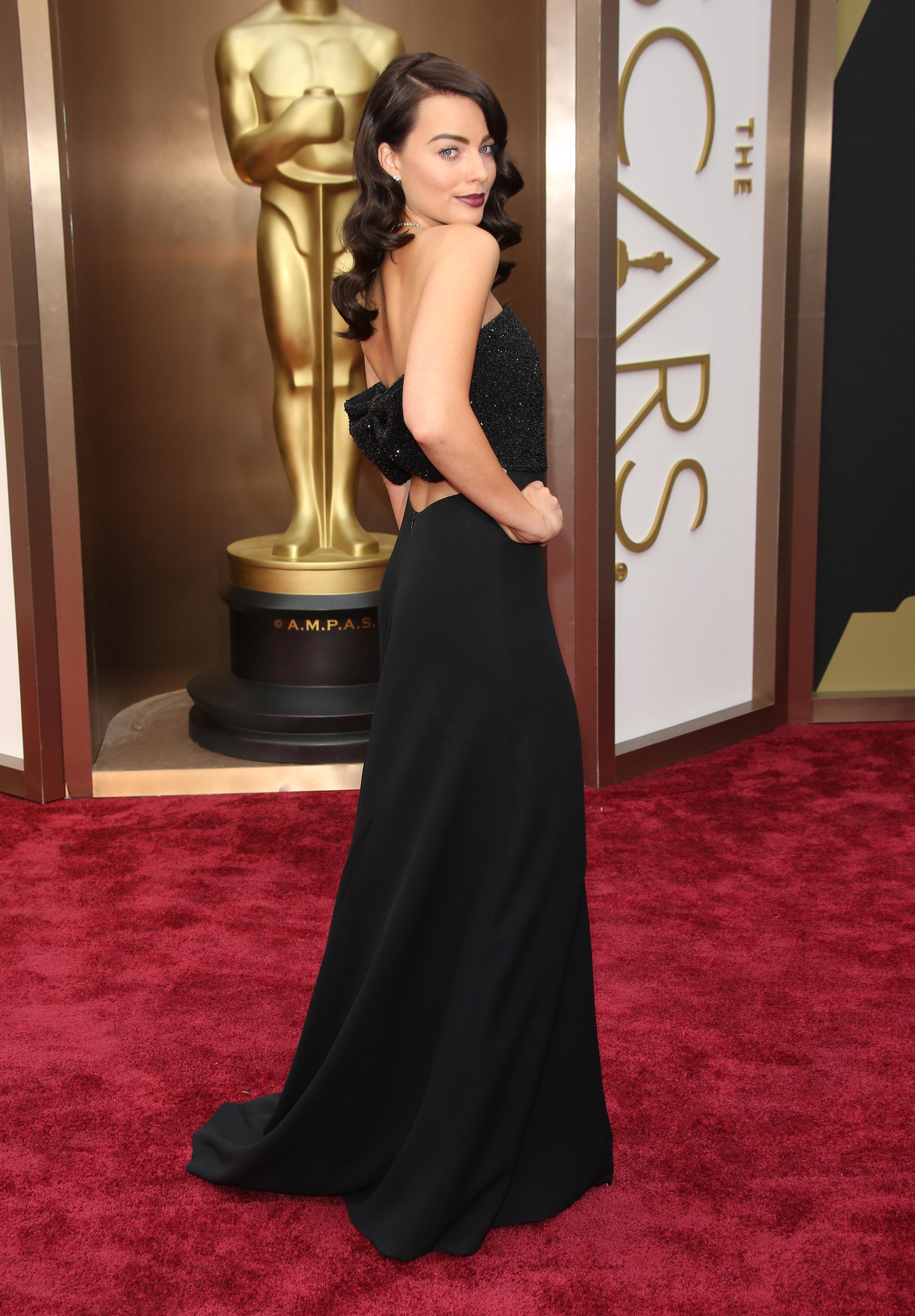 Margot Robbie en la edición 86ª de los premios de la Academia en 2014. La australiana compite este año por el Oscar como mejor actriz de reparto en