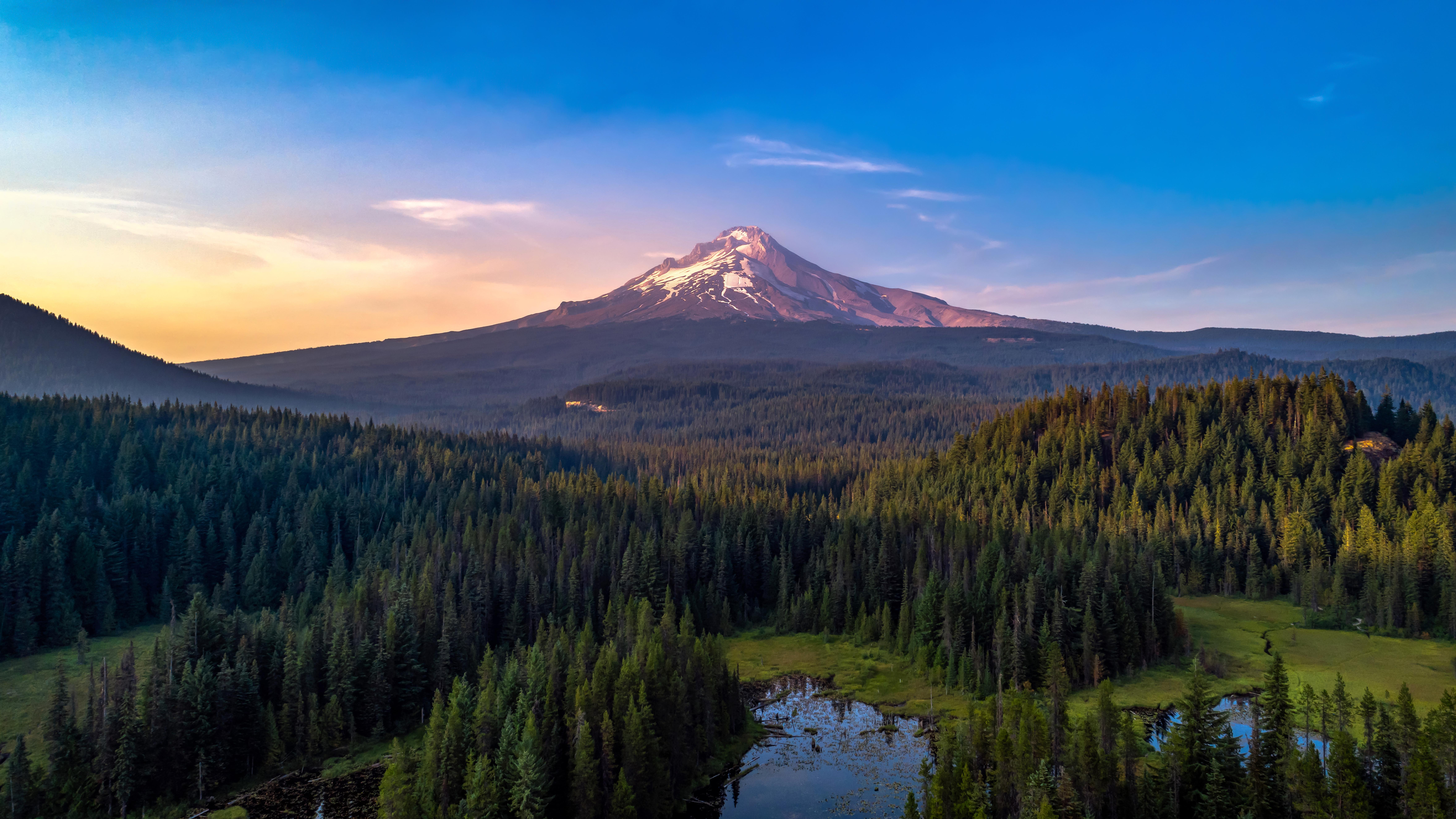 El USGS dice que una erupción podría producir grandes cantidades de cenizas y partículas finas, devastando el área de Portland, causando fallas generalizadas en la red eléctrica y haciendo que el agua local no sea segura para beber