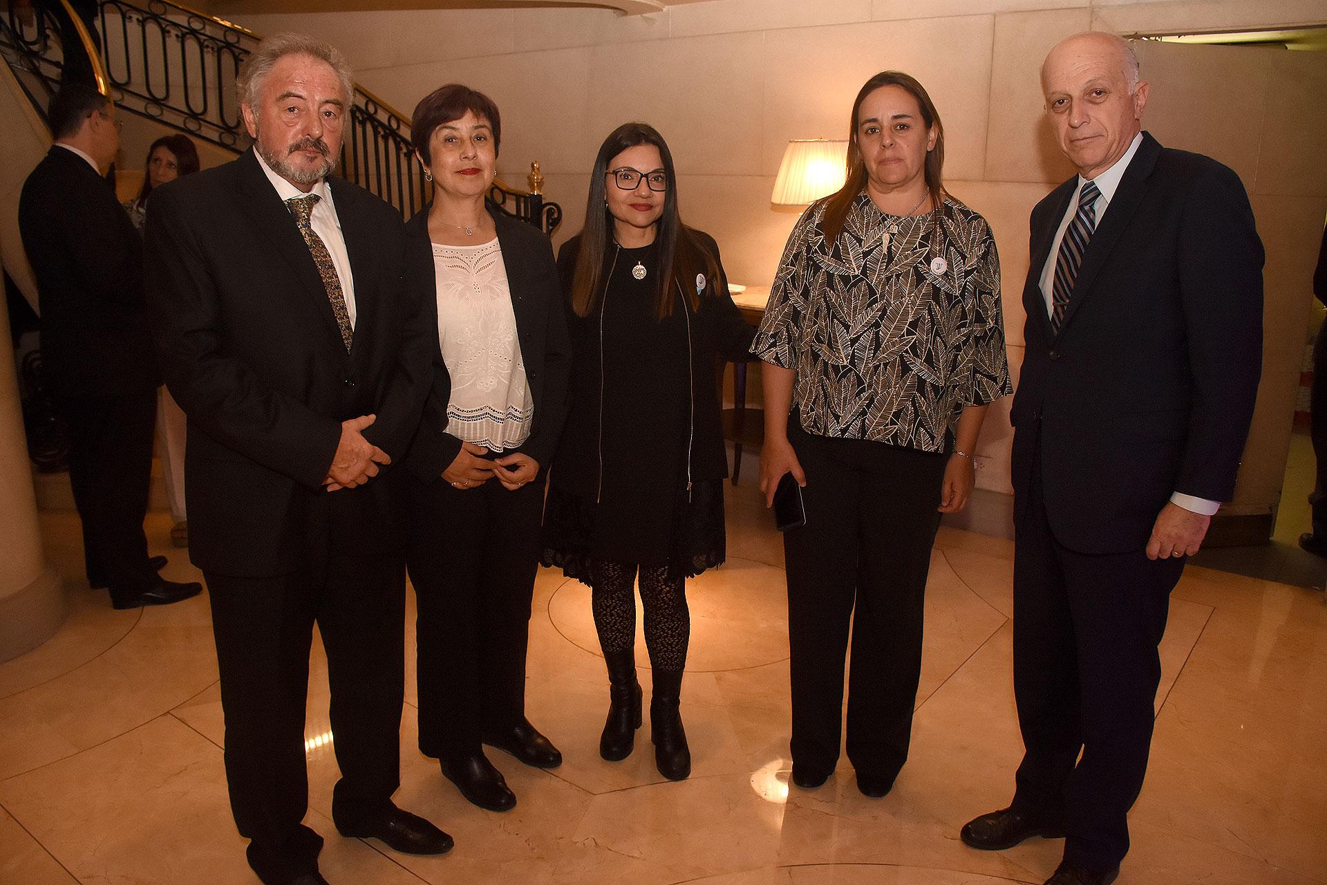 El fiscal Rodolfo Pavlosky acompañado por su mujer, Karina Massa, miembro Usina de la Justicia y Eduardo Casal, procurador general de la Nación
