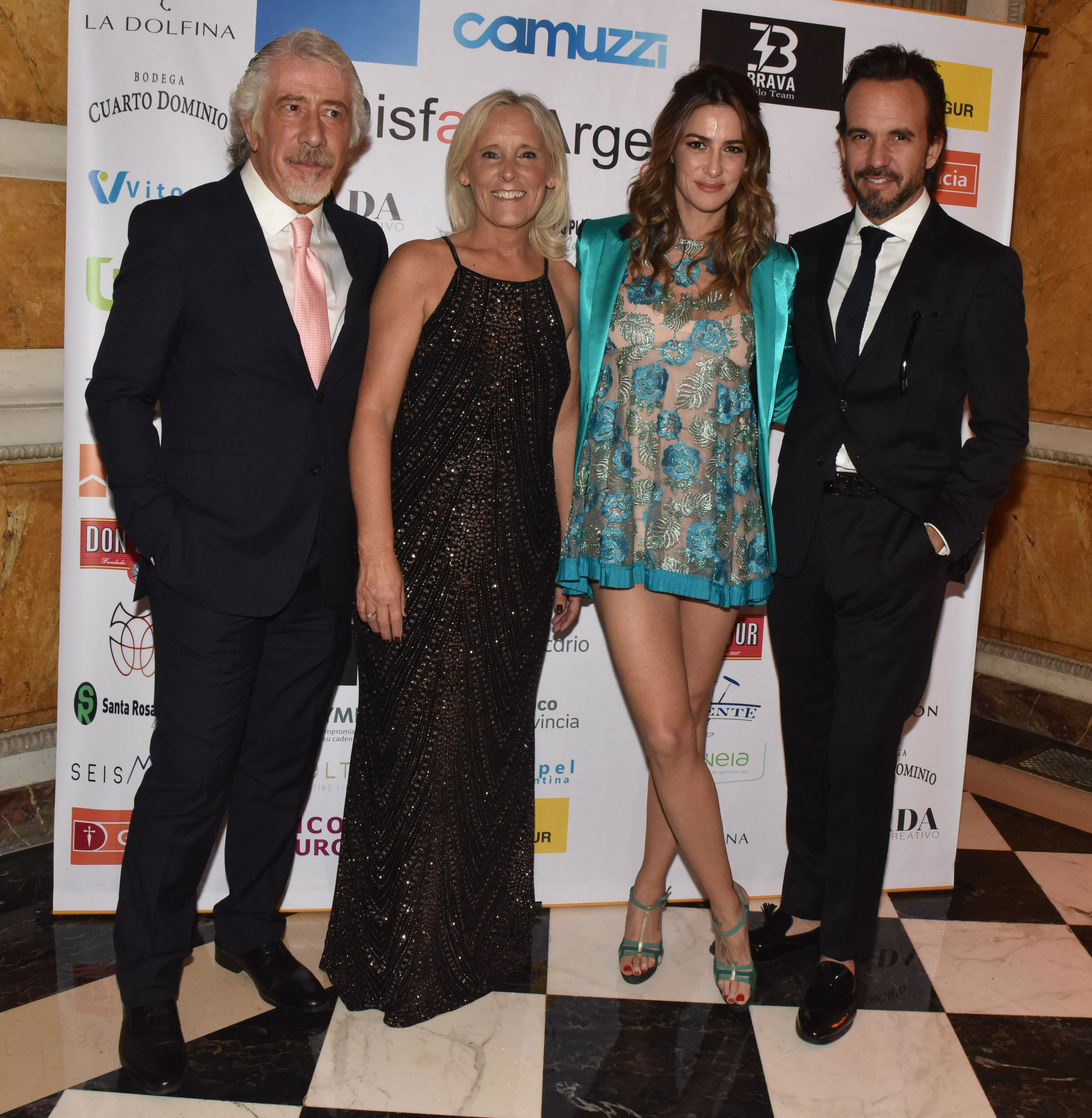 Gustavo Abichacra y María Arabetti junto a Puli Demaría y Chule Bernardo /// Fotos: Franco Fafasuli