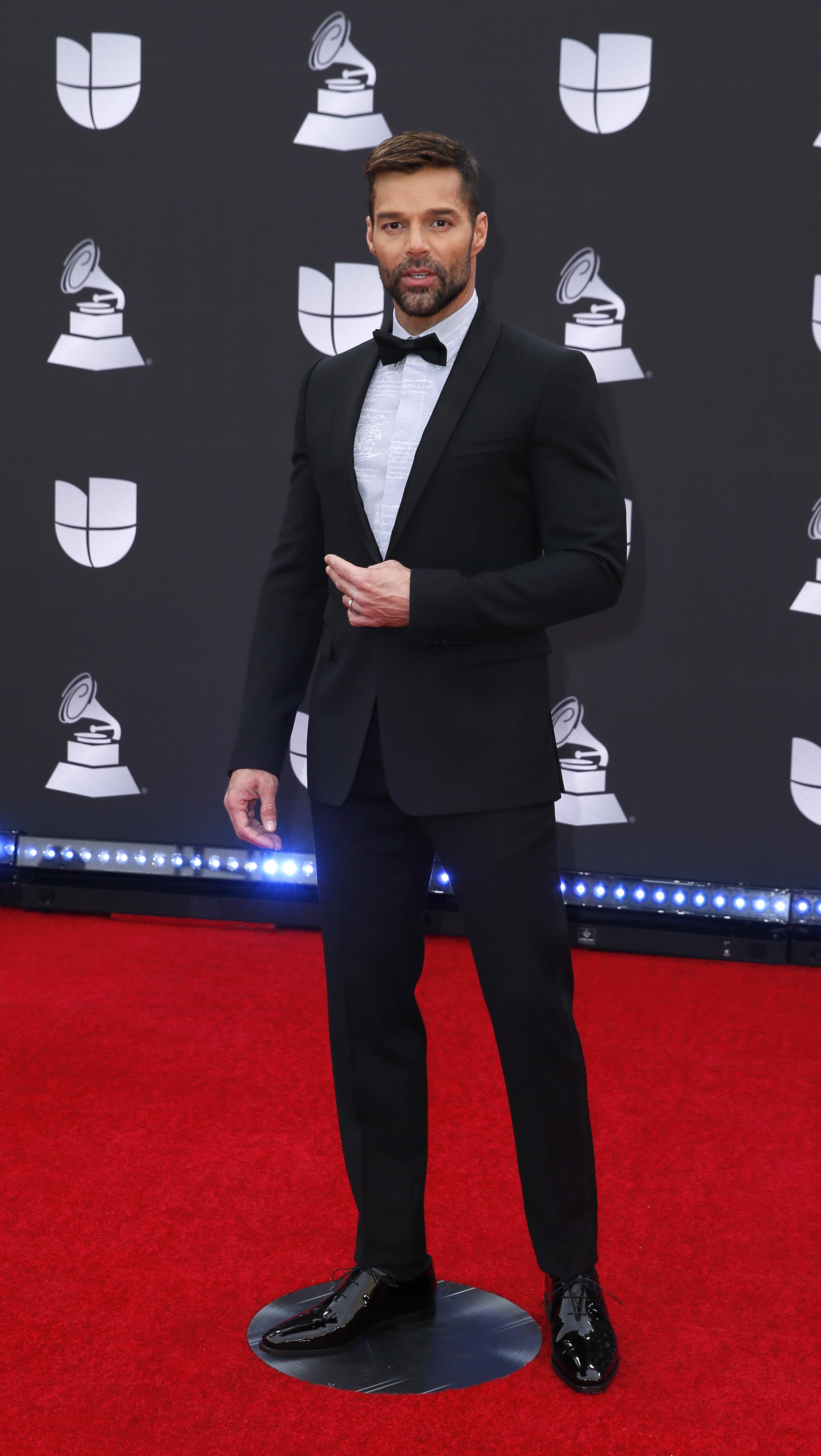 Ricky Martin es el anfitrión de la velada y se presentará en el escenario de los Latin Grammy 2019 con su nuevo tema