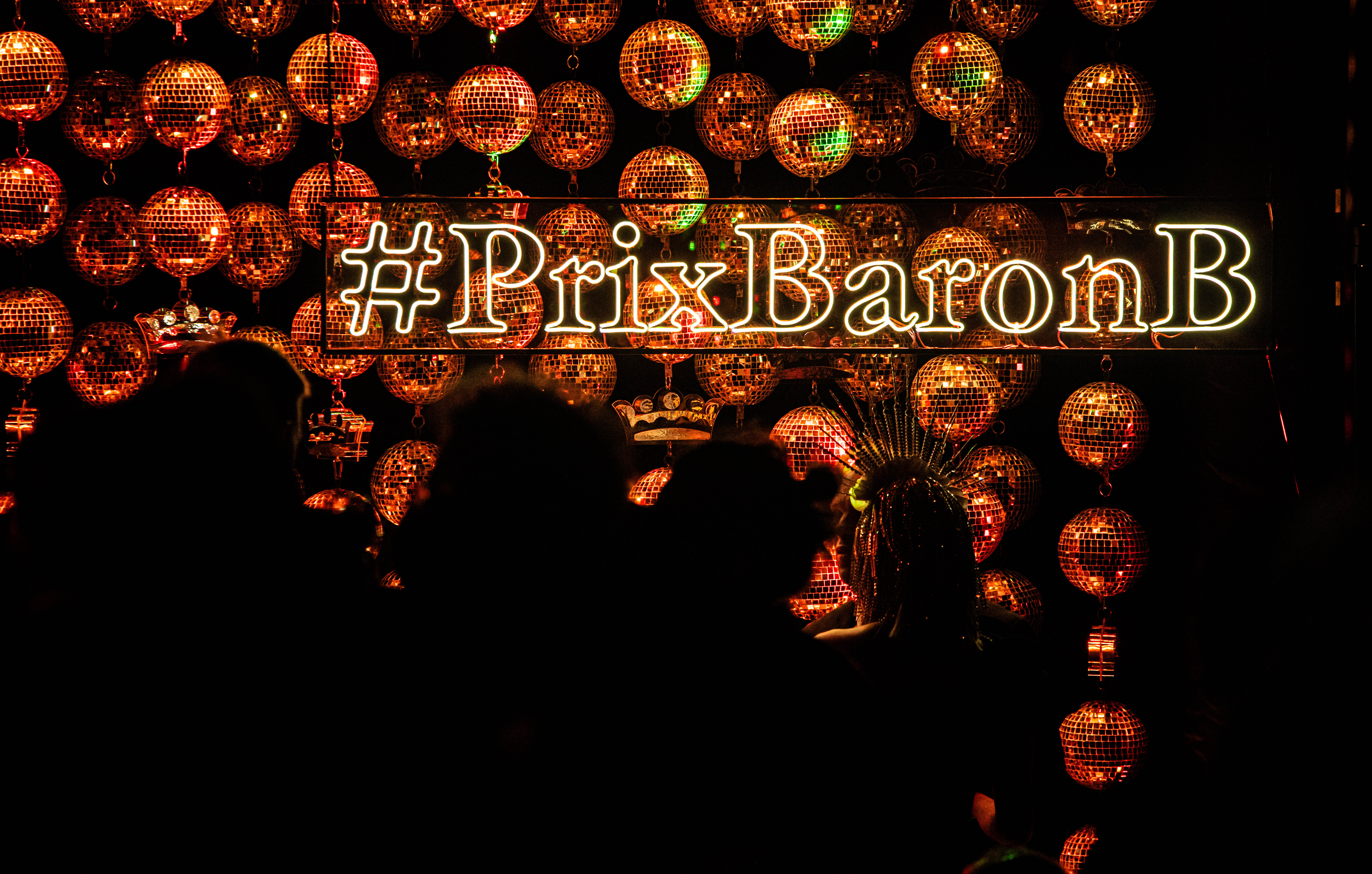 El Prix de Baron B es la fiesta que combina el glamour, la elegancia y la beneficiencia. Reúne a las figuras más importantes para ayudar a una ONG diferente, en esta ocasión Banco de Alimentos de Buenos Aires