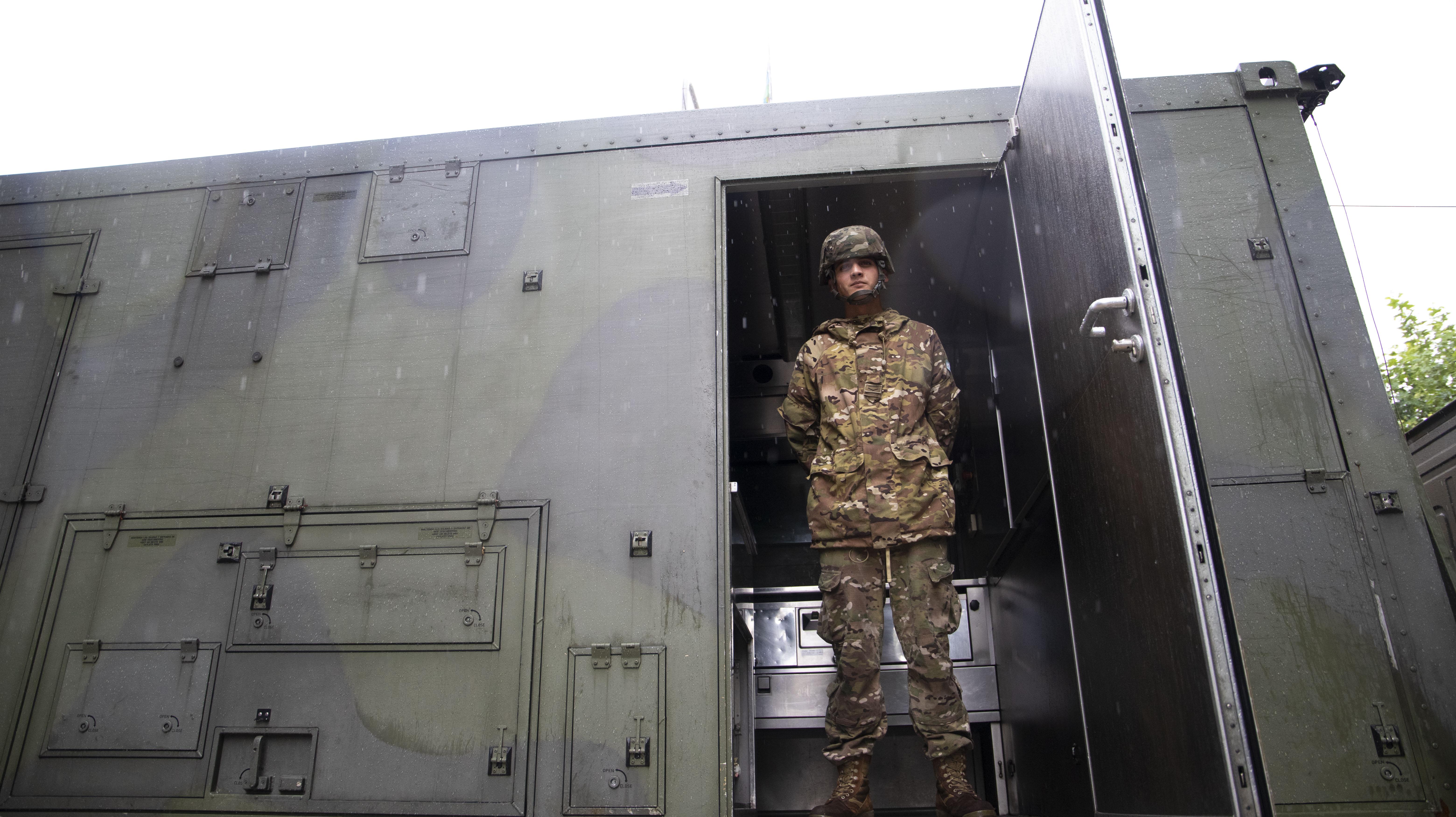 La llegada del Ejército está vinculado al pedido del presidente Alberto Fernández para que las Fuerzas Armadas colaboren en este momento de crisis sanitaria