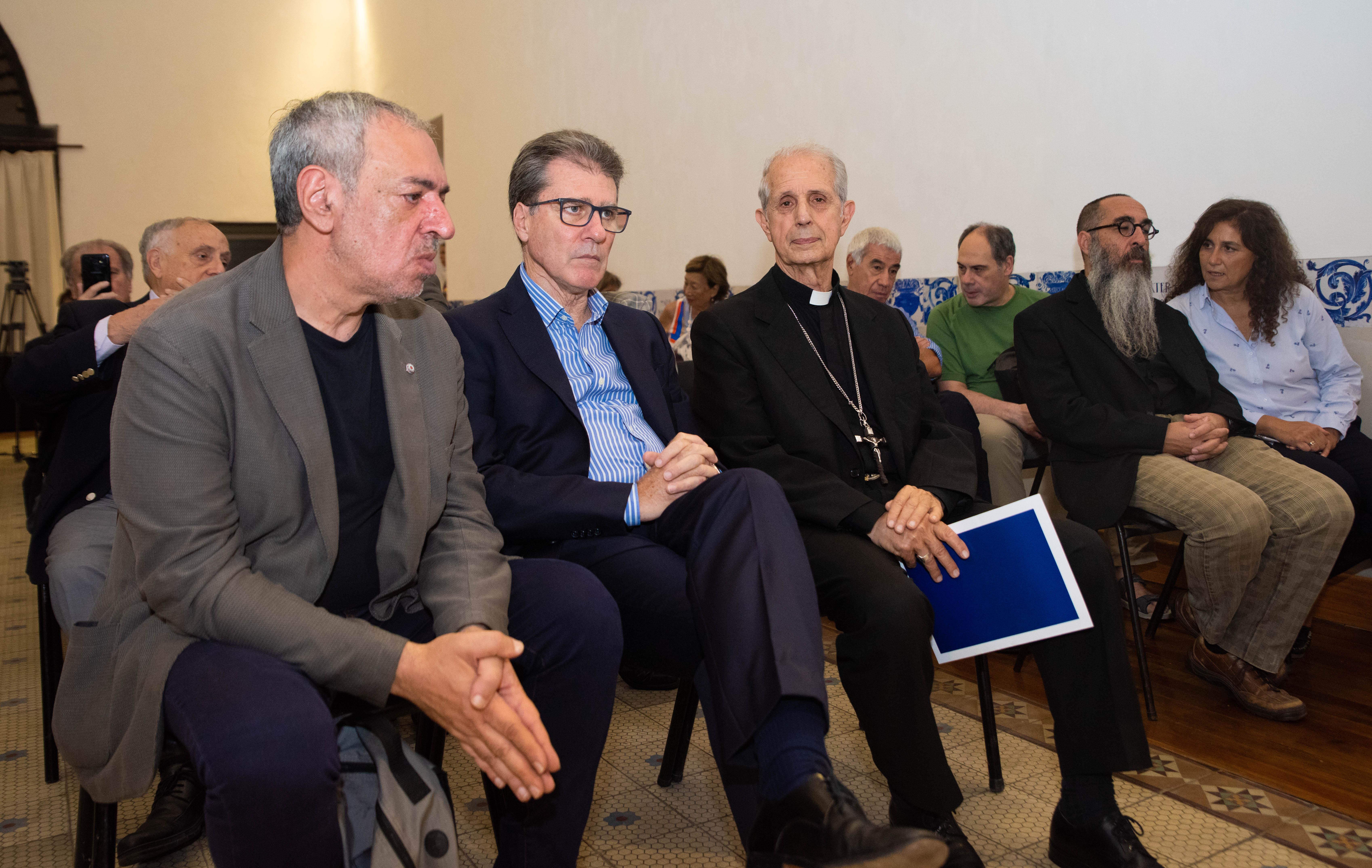 De izquierda a derecha: Omar Abboud, presidente del Instituto de Diálogo Interreligioso; el rabino Daniel Goldman, el presbíteriano Marcelo Figueroa y el cardenal Mario Aurelio Poli, arzobispo de Buenos Aires.