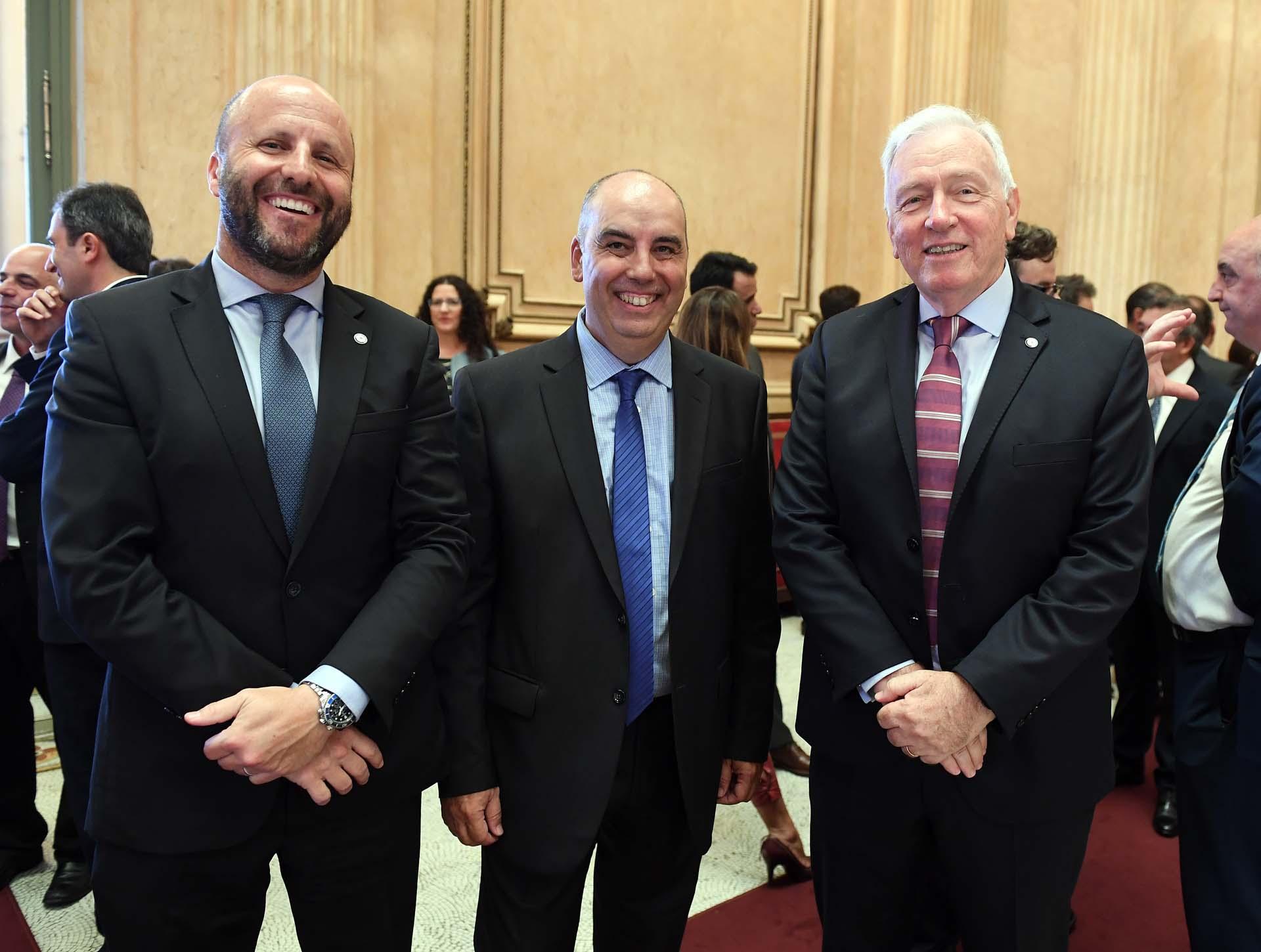 El camarista Mariano Borinsky, el juez federal Marcelo Martínez de Giorgi y el camarista Carlos Mahiques, padre de Juan Bautista, quien juró como Fiscal General de la Ciudad.
