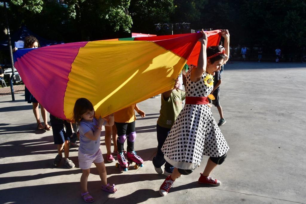 Hubo actividades recreativas para toda la familia, clowns y artistas en vivo