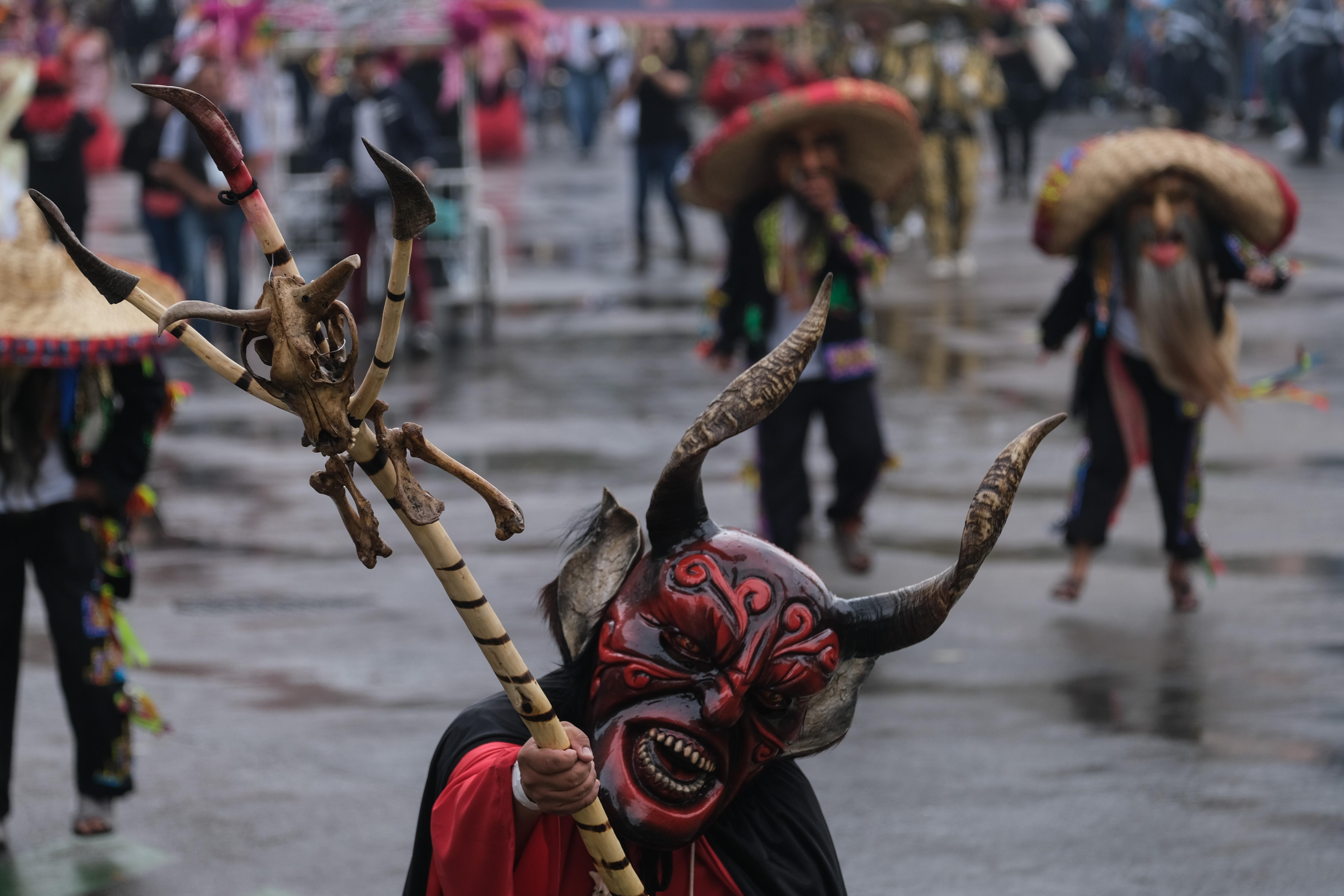 La máscara de un diablo amenazador (Foto: Graciela López/Cuartoscuro)