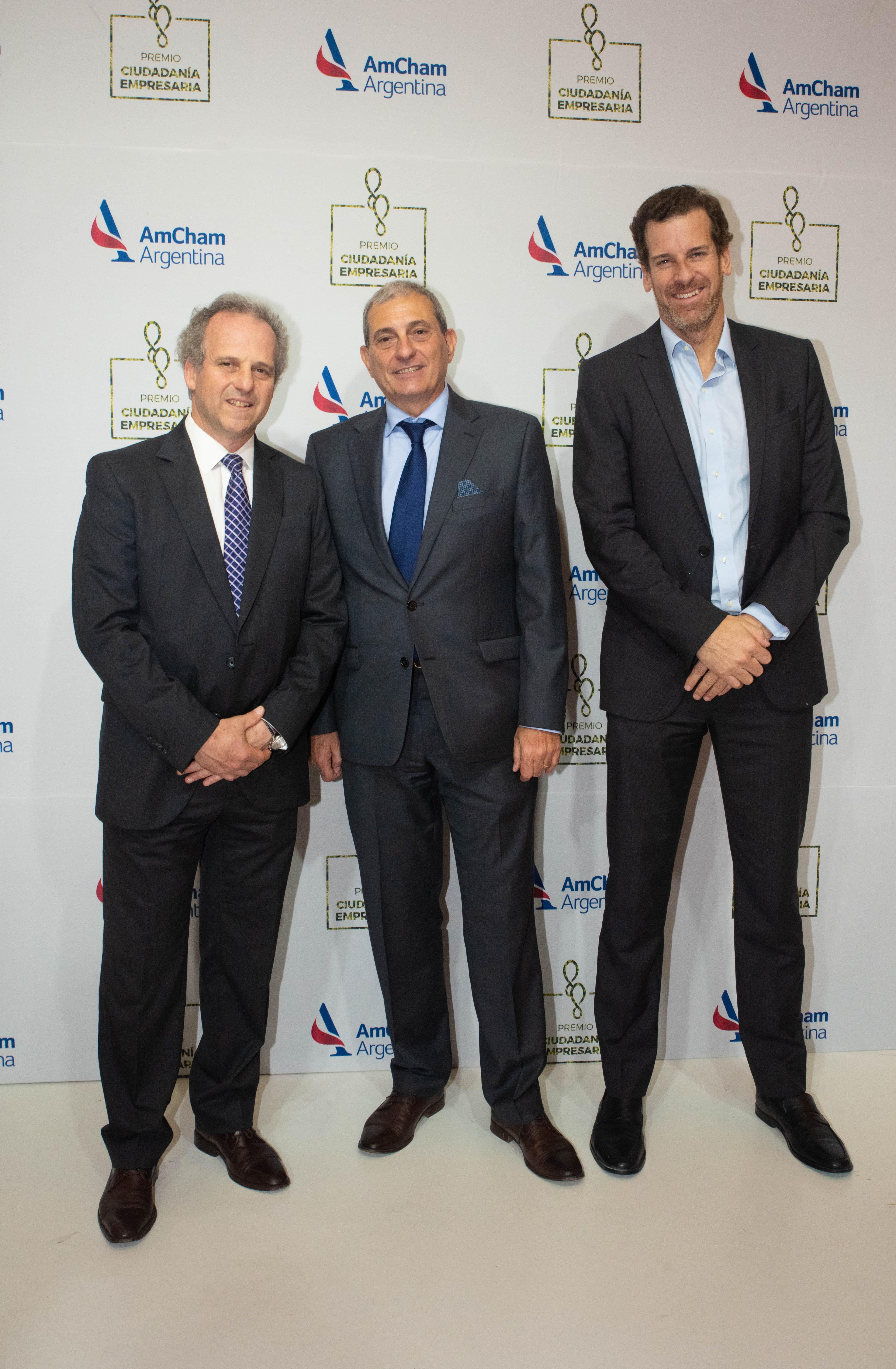 Roberto Alexander y Alejandro Díaz junto a Julio Figueroa, gerente general de Citi Argentina