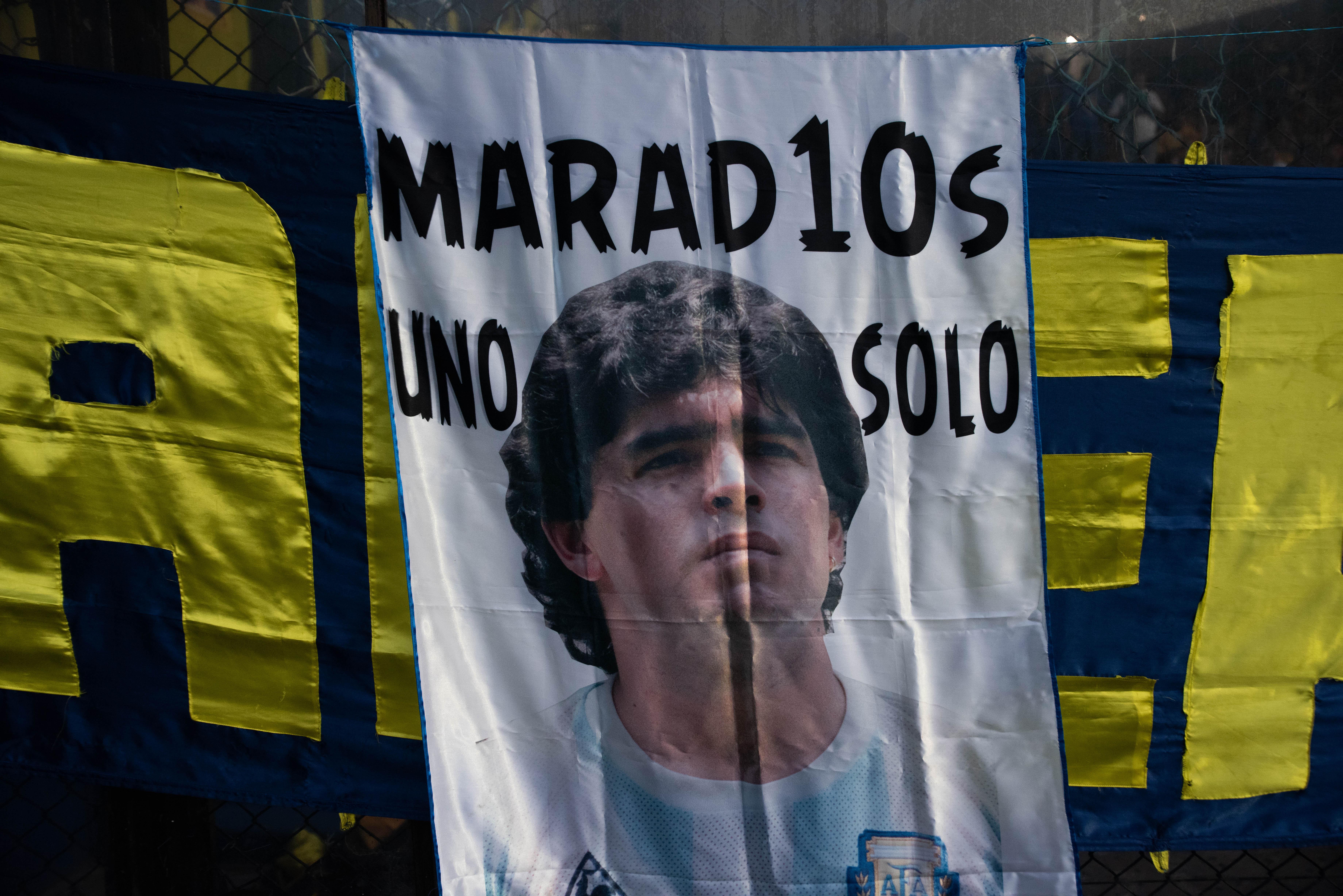 Maradona, presente en los hinchas de Boca (Franco Fafasuli)