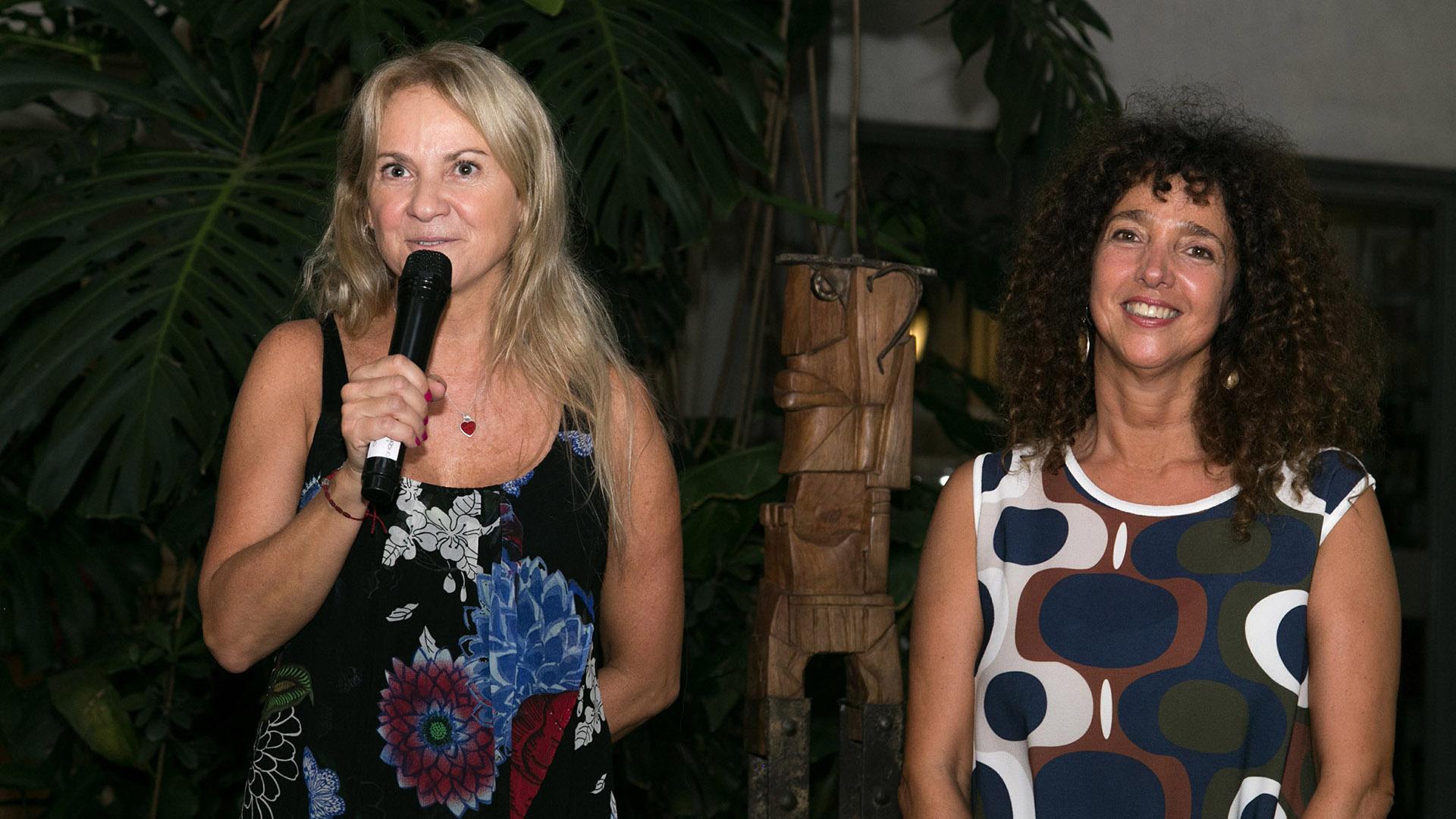 Carmela Blanco y Felicitas Luna, directora del Museo de Arte Popular José Hernández