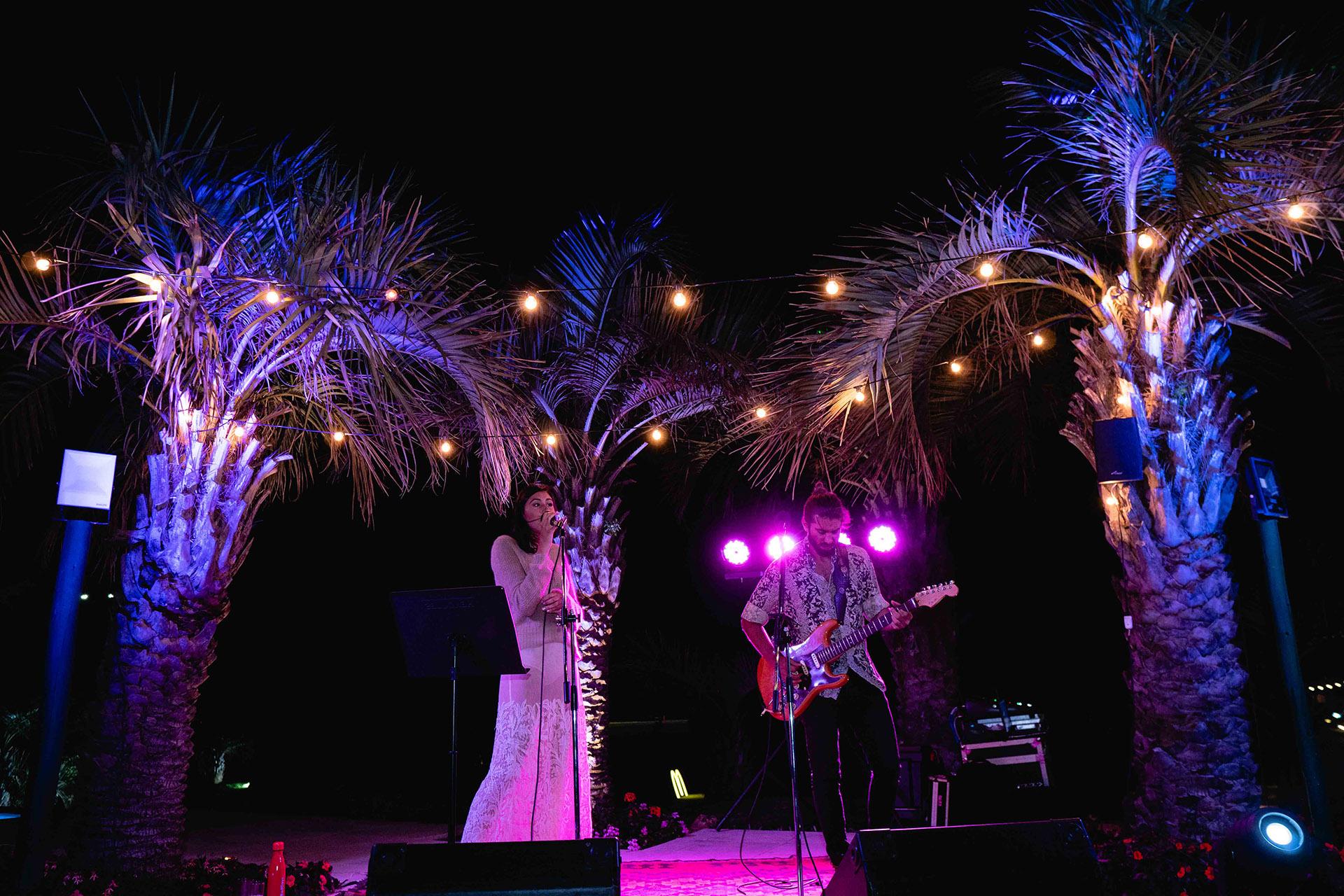 El show de Renata Repetto. Por segundo año consecutivo, la cantante participó de la cena y se lució en el escenario con sus interpretaciones